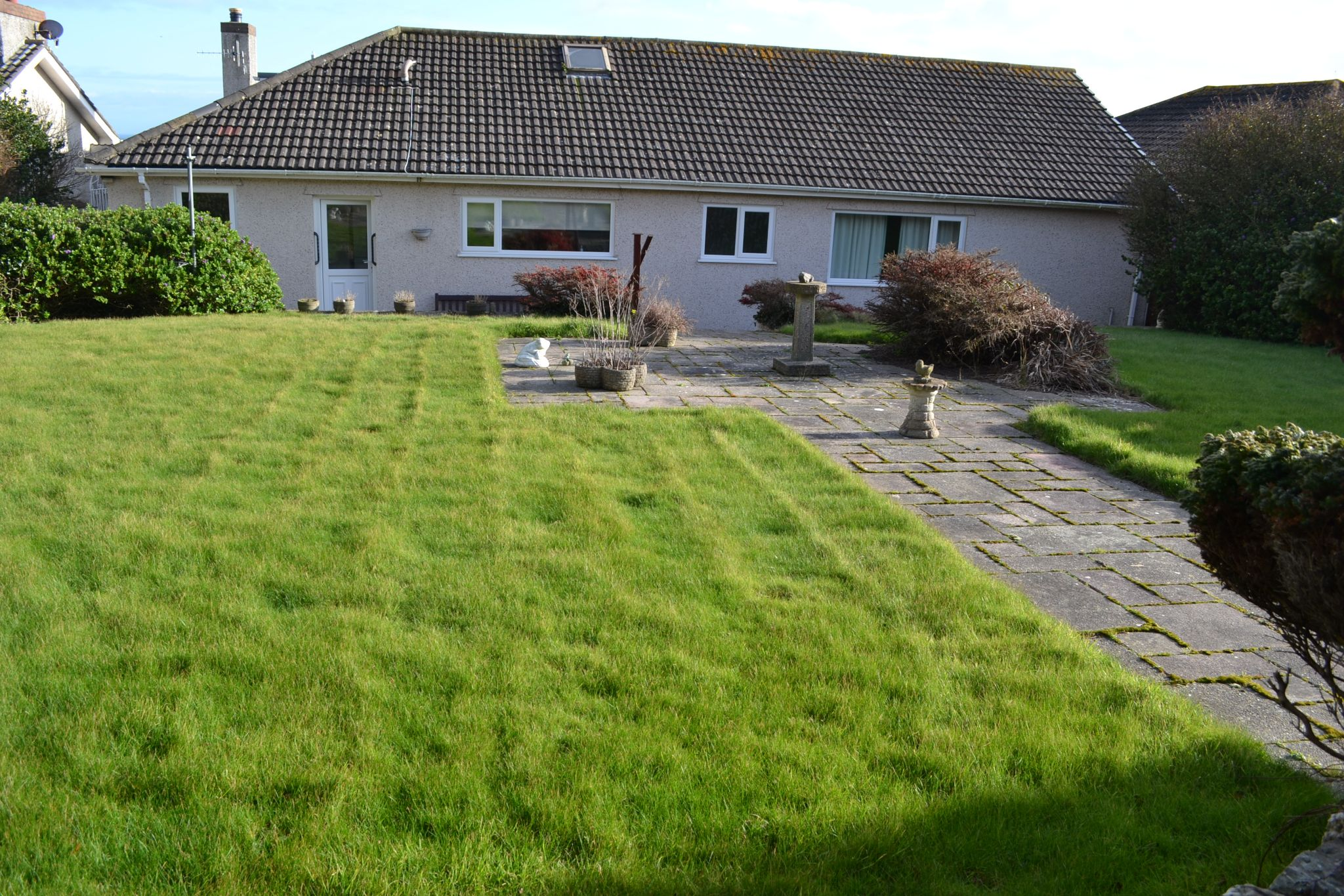 3 bedroom detached bungalow For Sale in Port St. Mary - Property photograph
