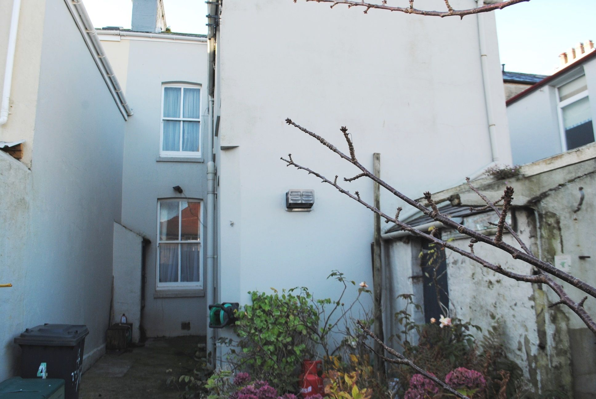5 bedroom town house For Sale in Douglas - Photograph 35
