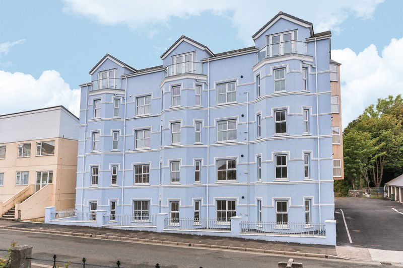 2 bedroom apartment flat/apartment For Sale in Ramsey - Photograph 1
