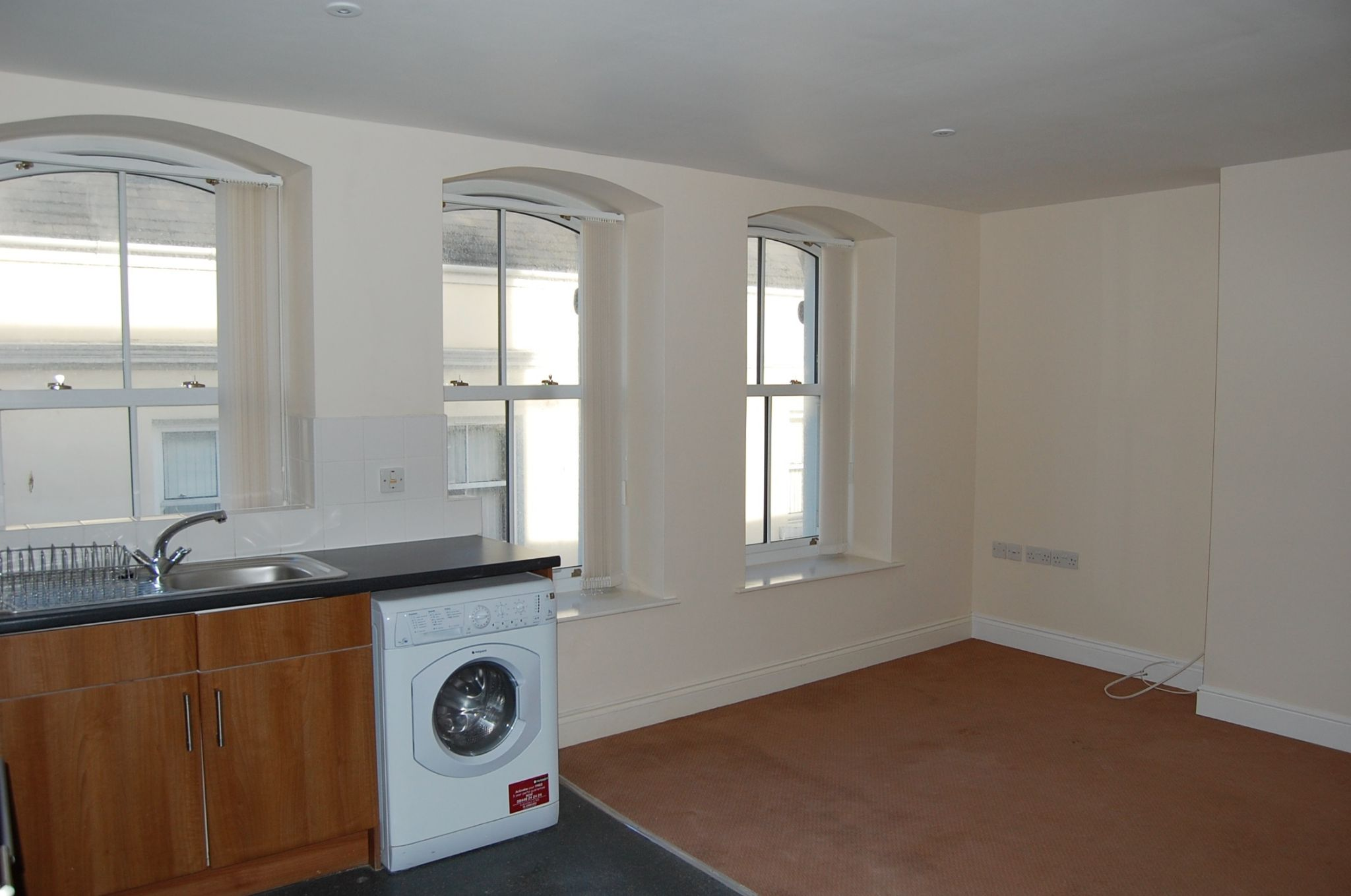 2 bedroom apartment flat/apartment To Let in Peel - Property photograph