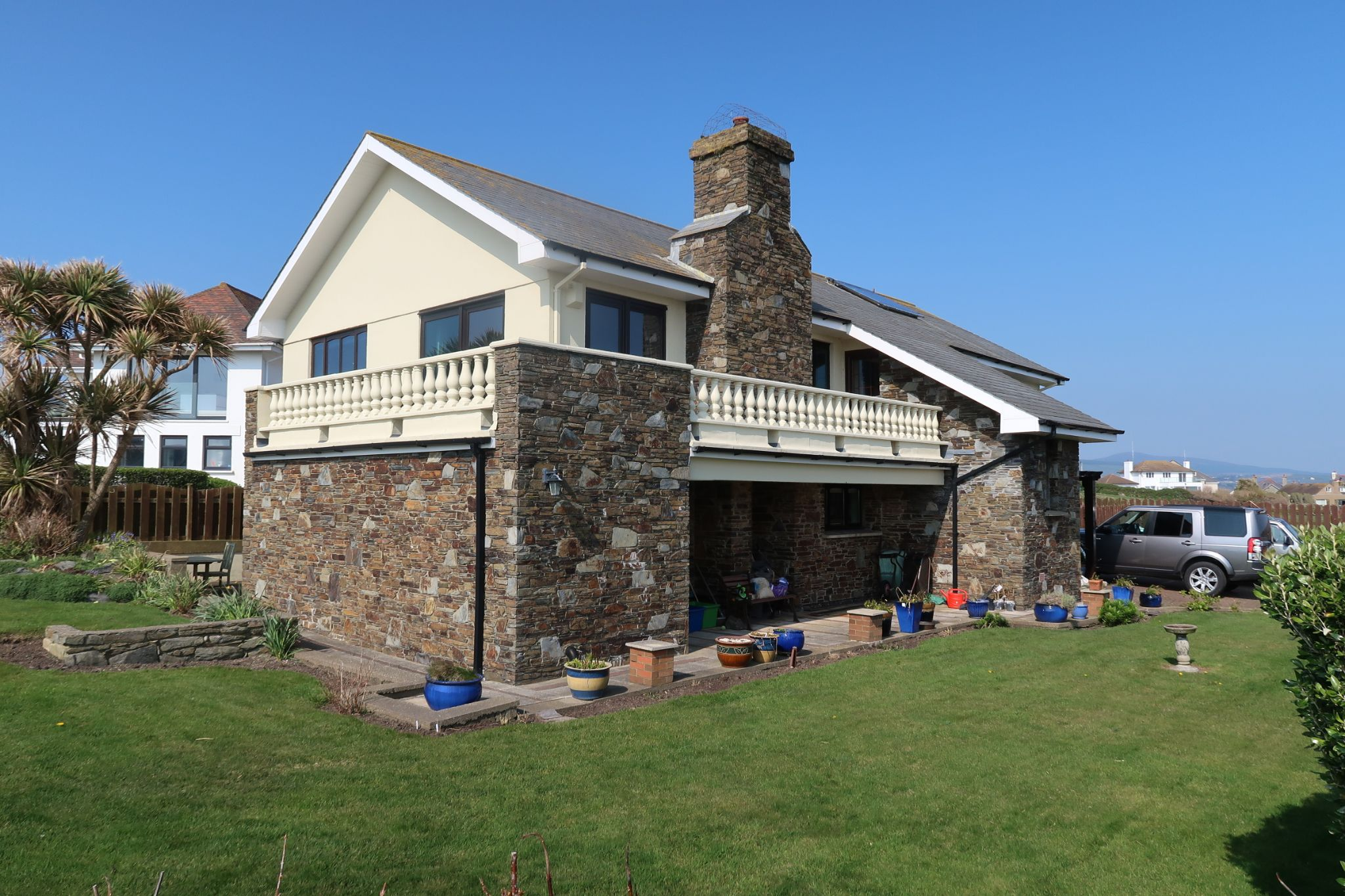 6 bedroom detached house Sold in Port St. Mary - Photograph 1