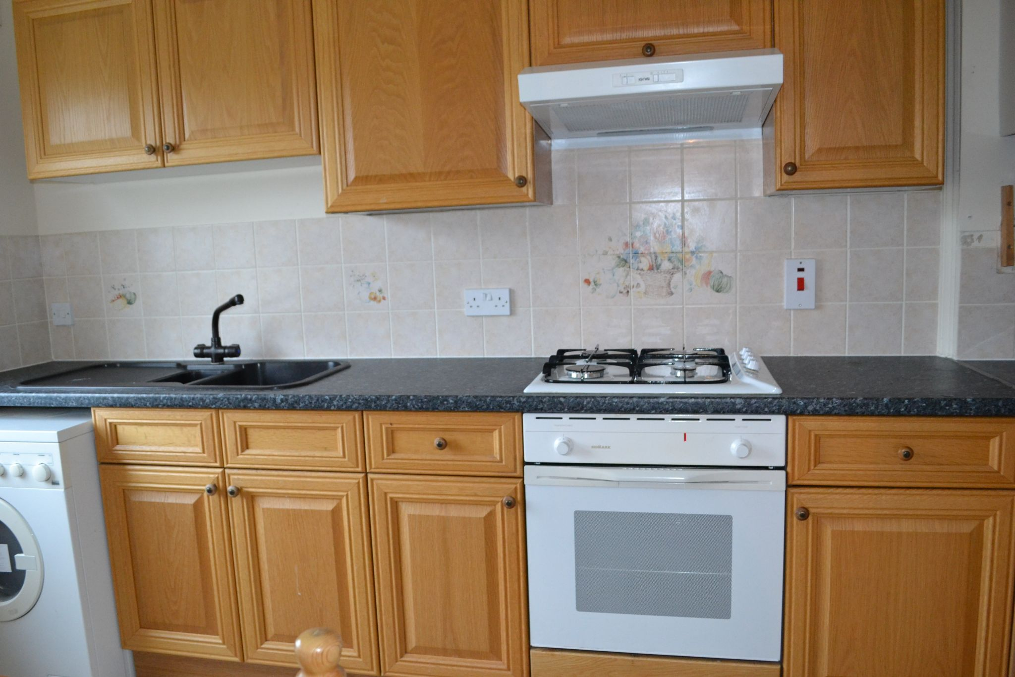 2 bedroom apartment flat/apartment Let in Castletown - Property photograph