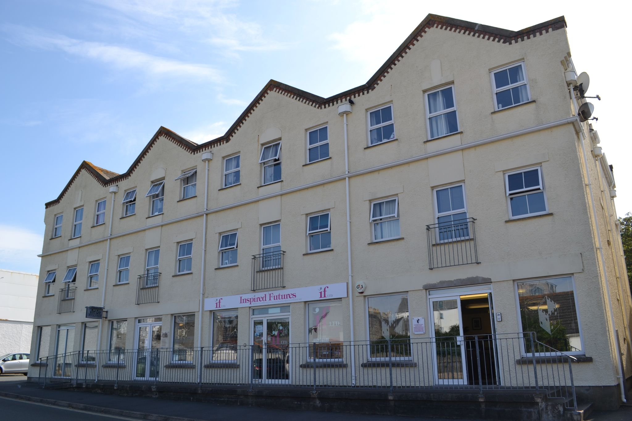 2 bedroom apartment flat/apartment For Sale in Port Erin - Photograph 1
