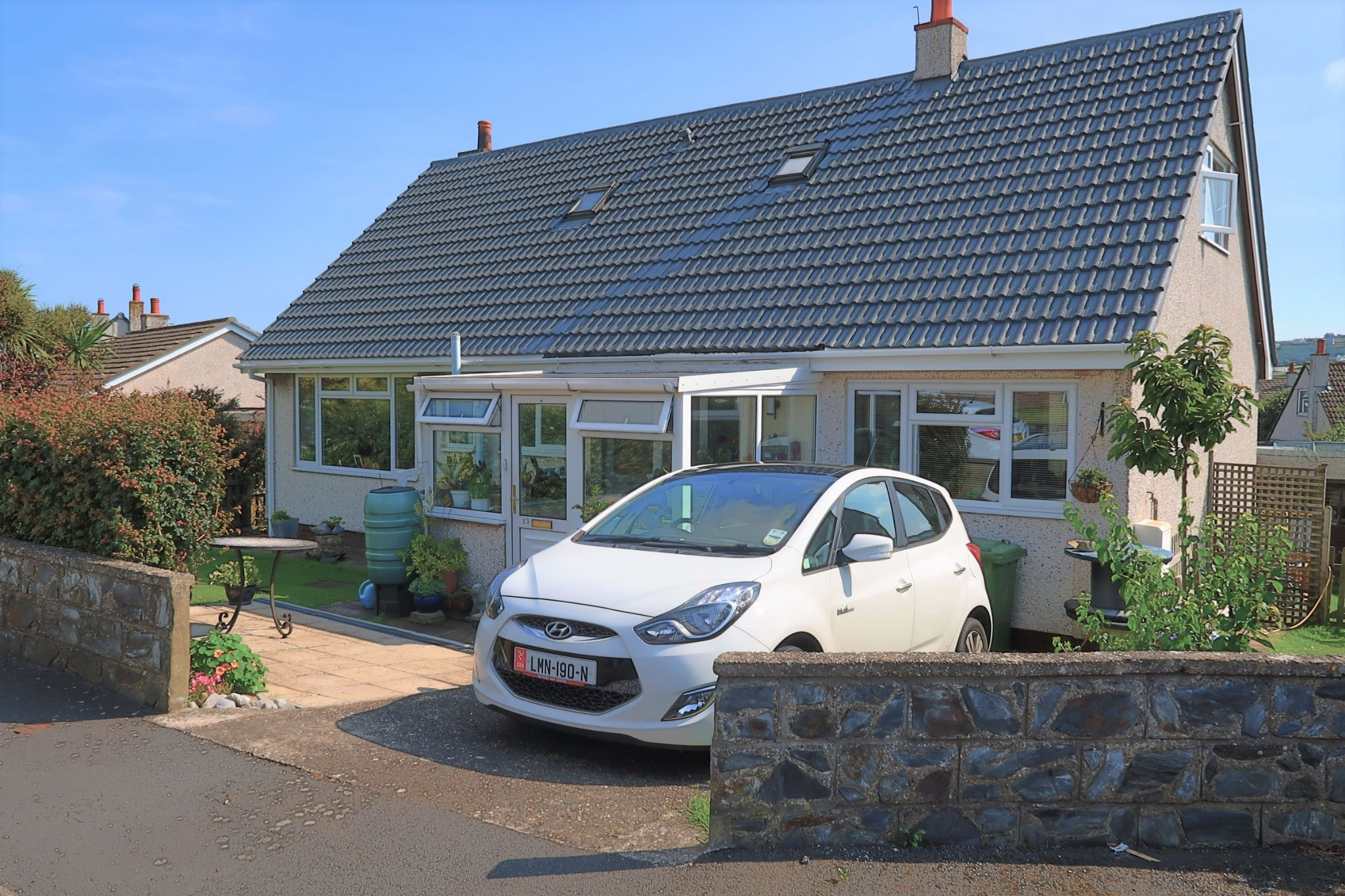 4 bedroom detached bungalow For Sale in Port Erin - Photograph 10