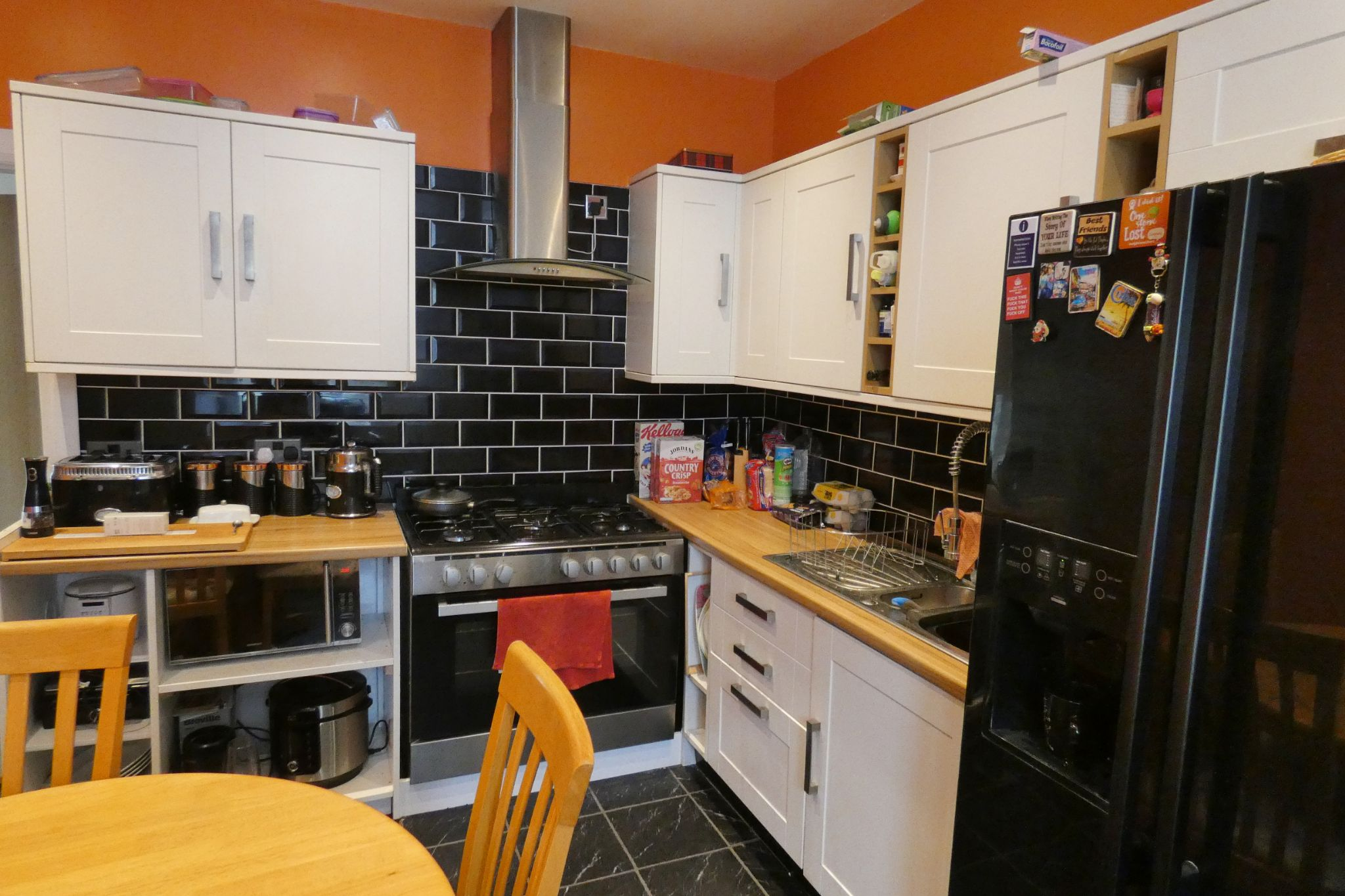 8 bedroom guest house For Sale in Douglas - Property photograph