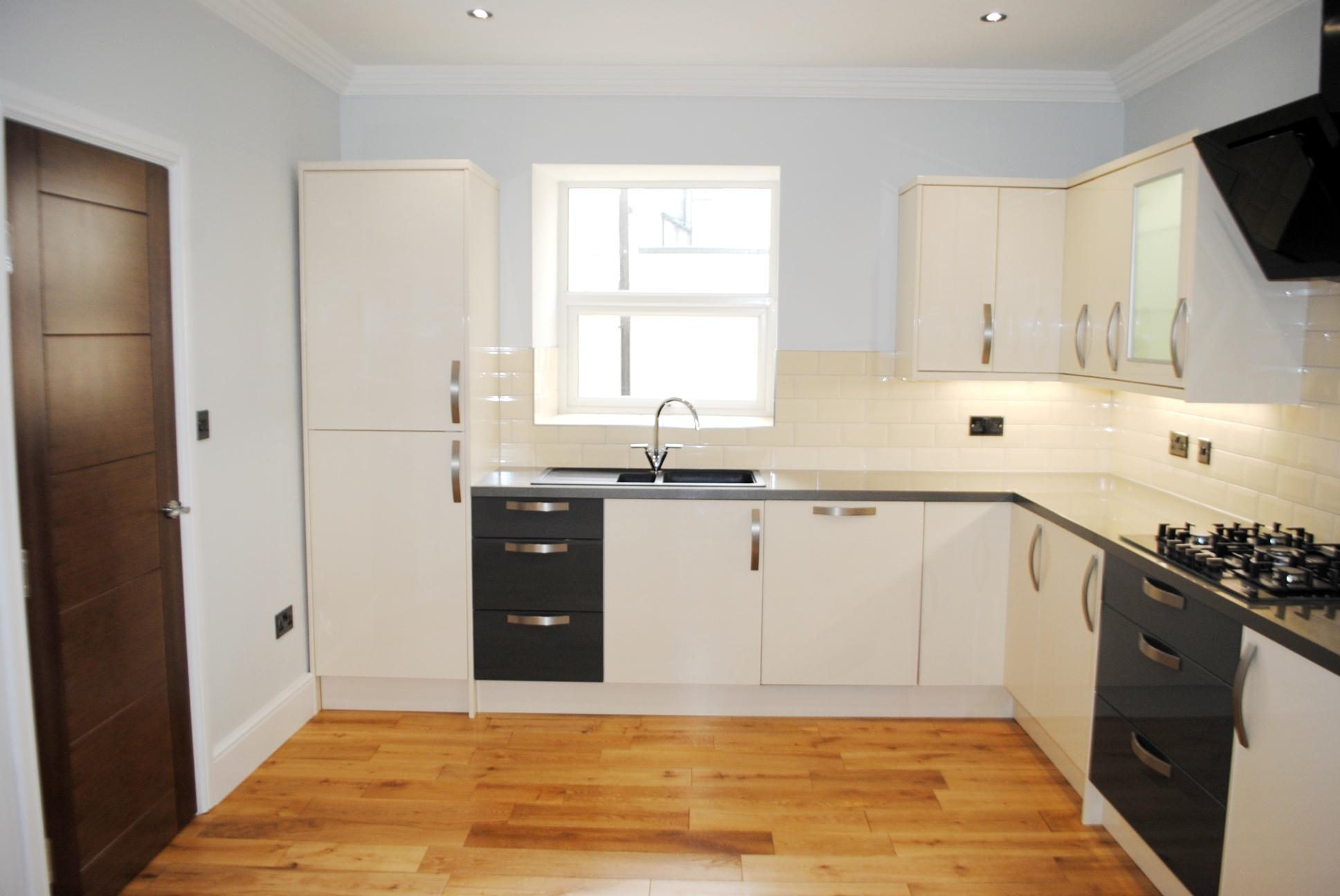 5 bedroom town house To Let in Douglas - Property photograph