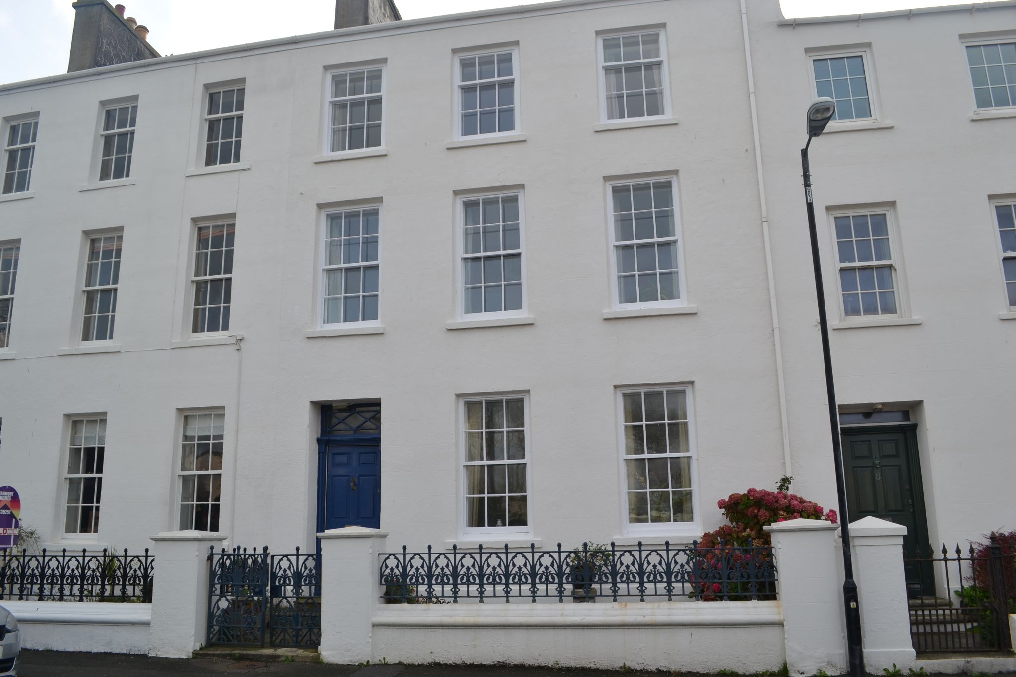 7 bedroom mid terraced house For Sale in Castletown - Photograph 1