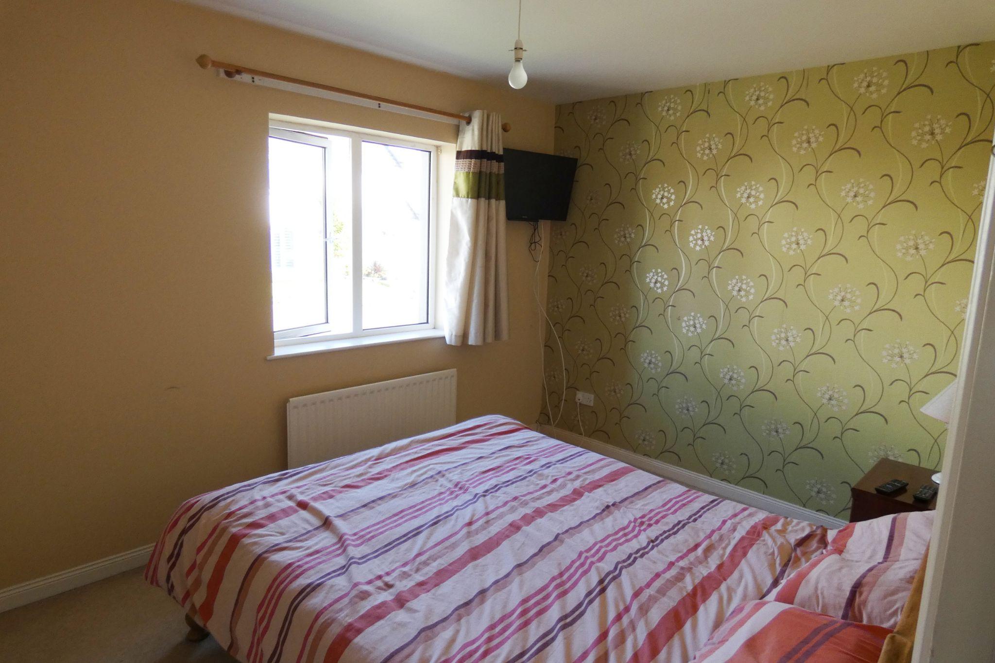 2 bedroom semi-detached house SSTC in Douglas - Photograph 7