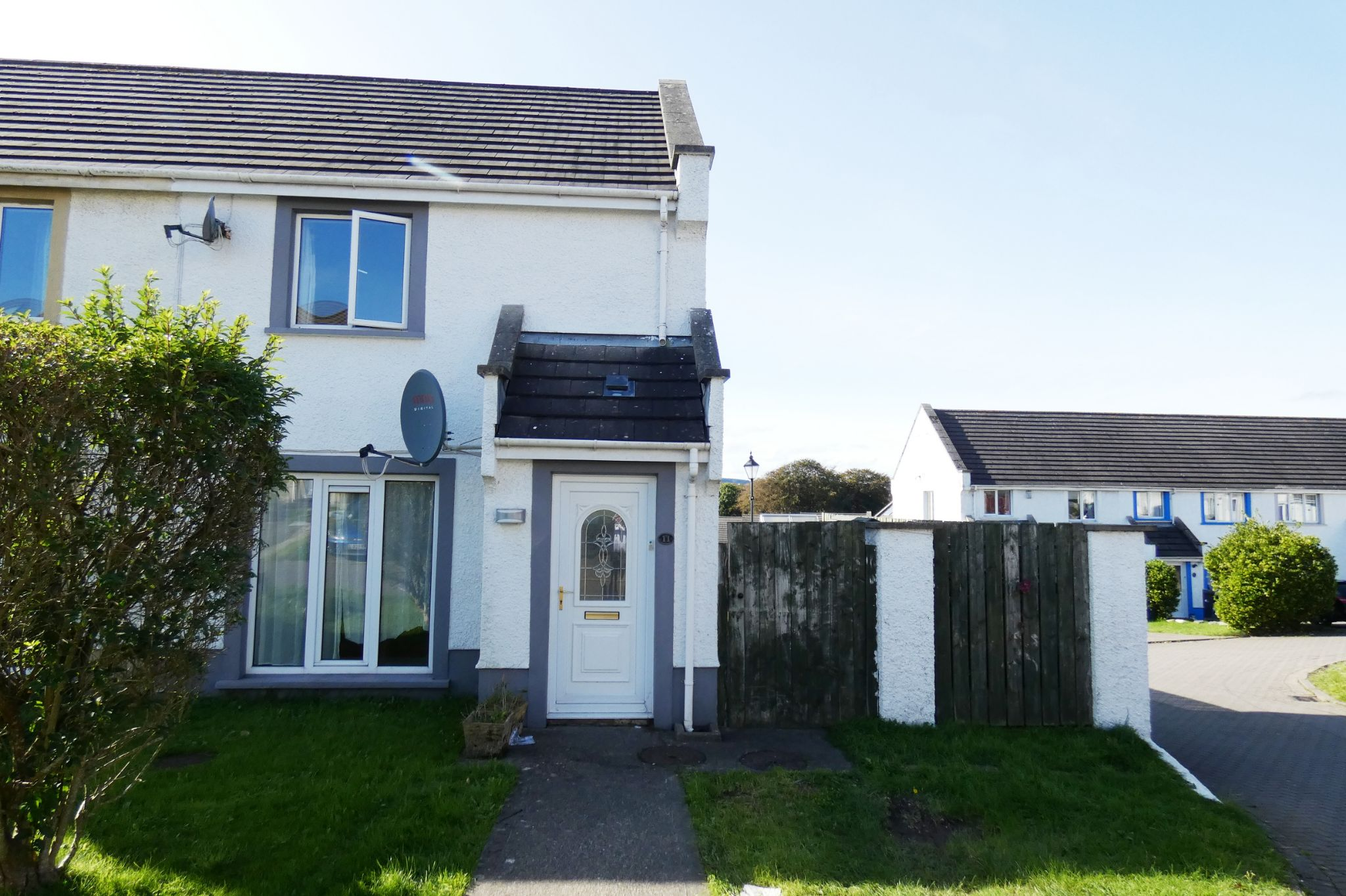 2 bedroom semi-detached house Sold in Douglas - Photograph 1