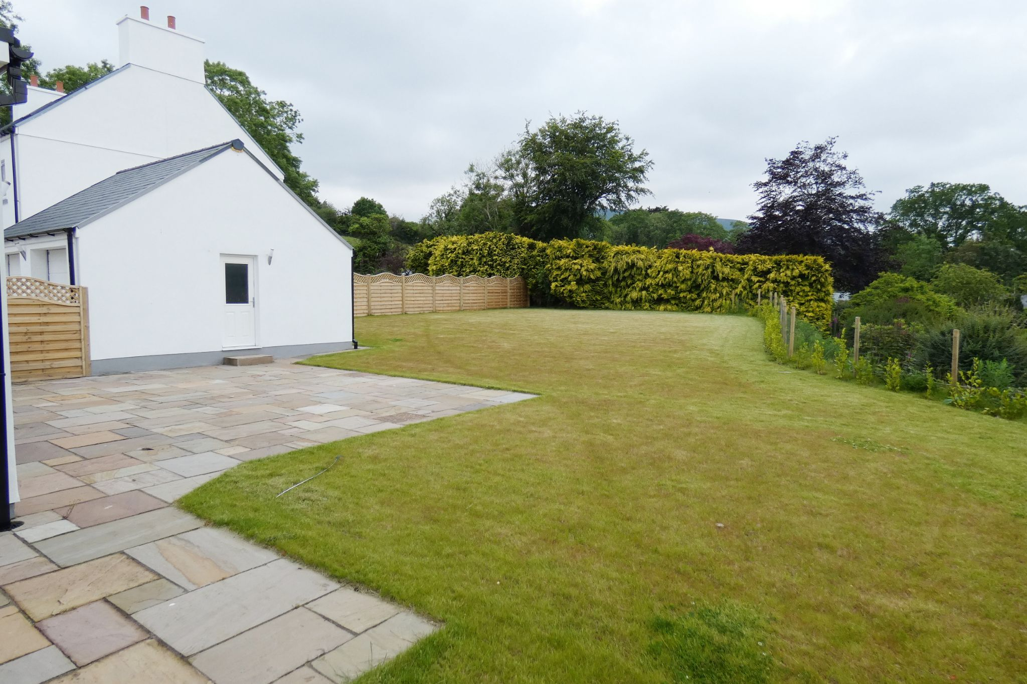 5 bedroom detached house For Sale in West Baldwin - Property photograph