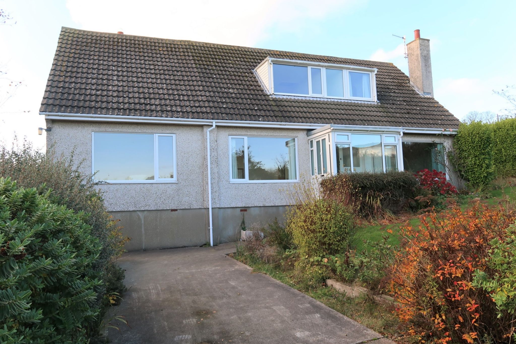 4 bedroom detached bungalow Sold in Surby,port Erin - Photograph 7