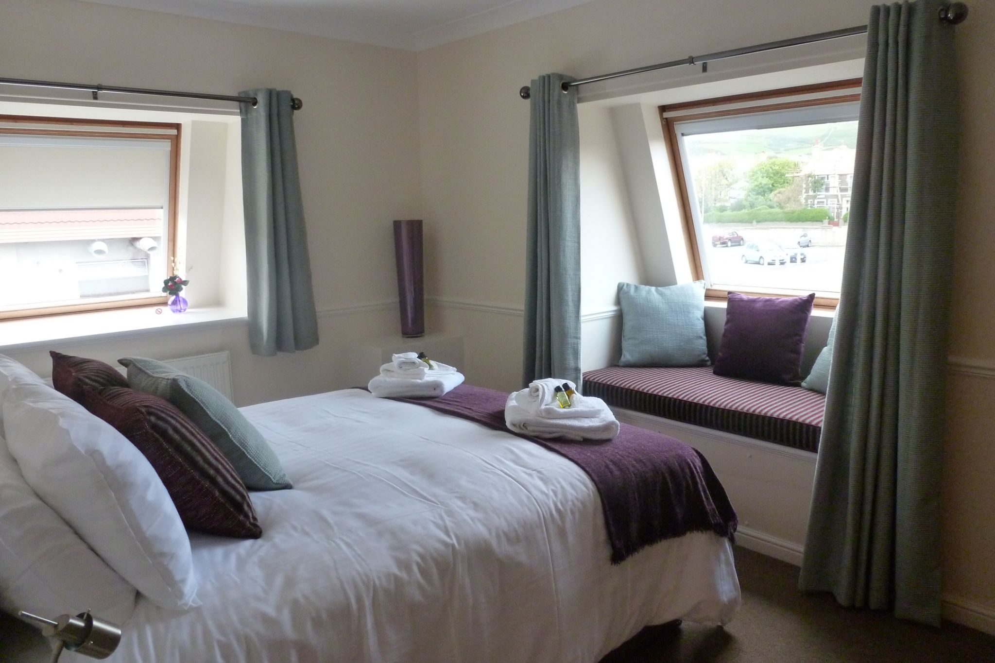 Holiday Flats For Sale in Port Erin - Property photograph
