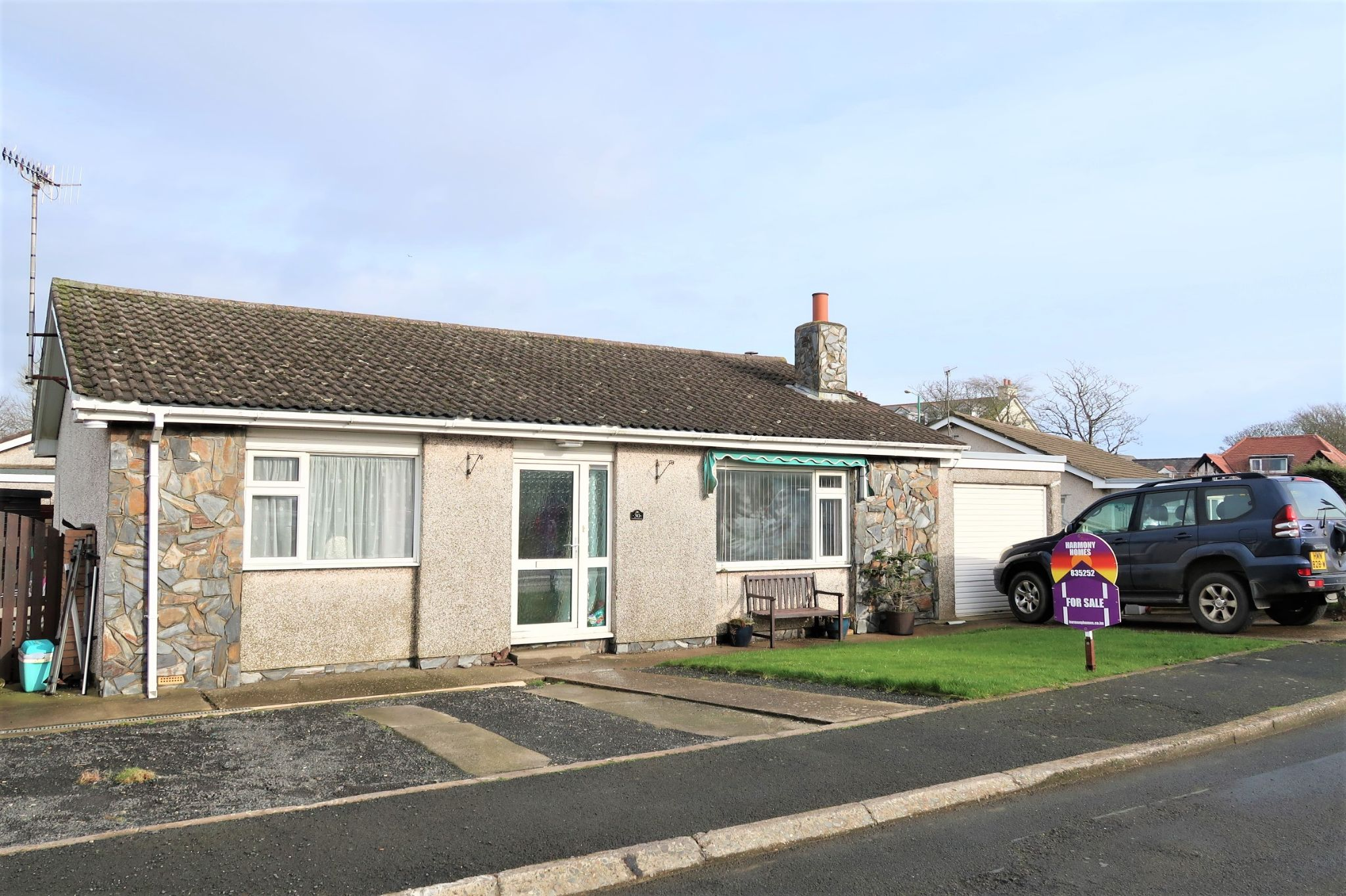 3 bedroom detached bungalow For Sale in Ballasalla - Property photograph