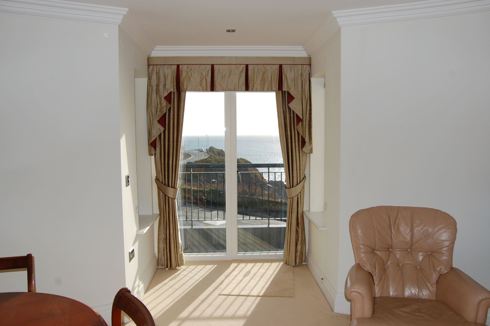 2 bedroom apartment flat/apartment Let Agreed in Onchan - Property photograph
