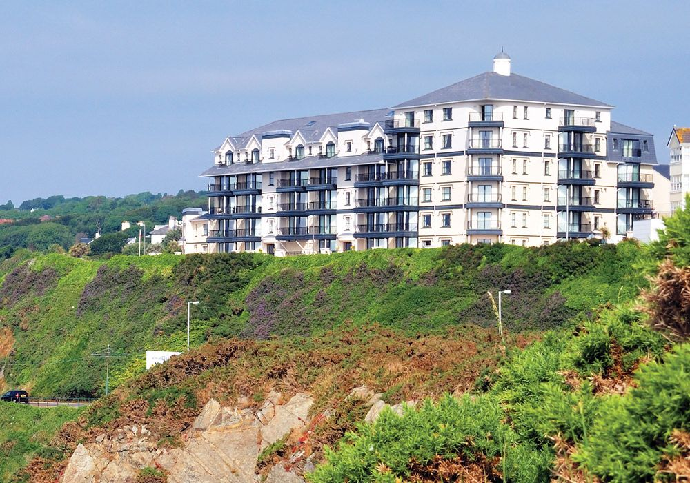 2 bedroom apartment flat/apartment Let Agreed in Onchan - Photograph 1
