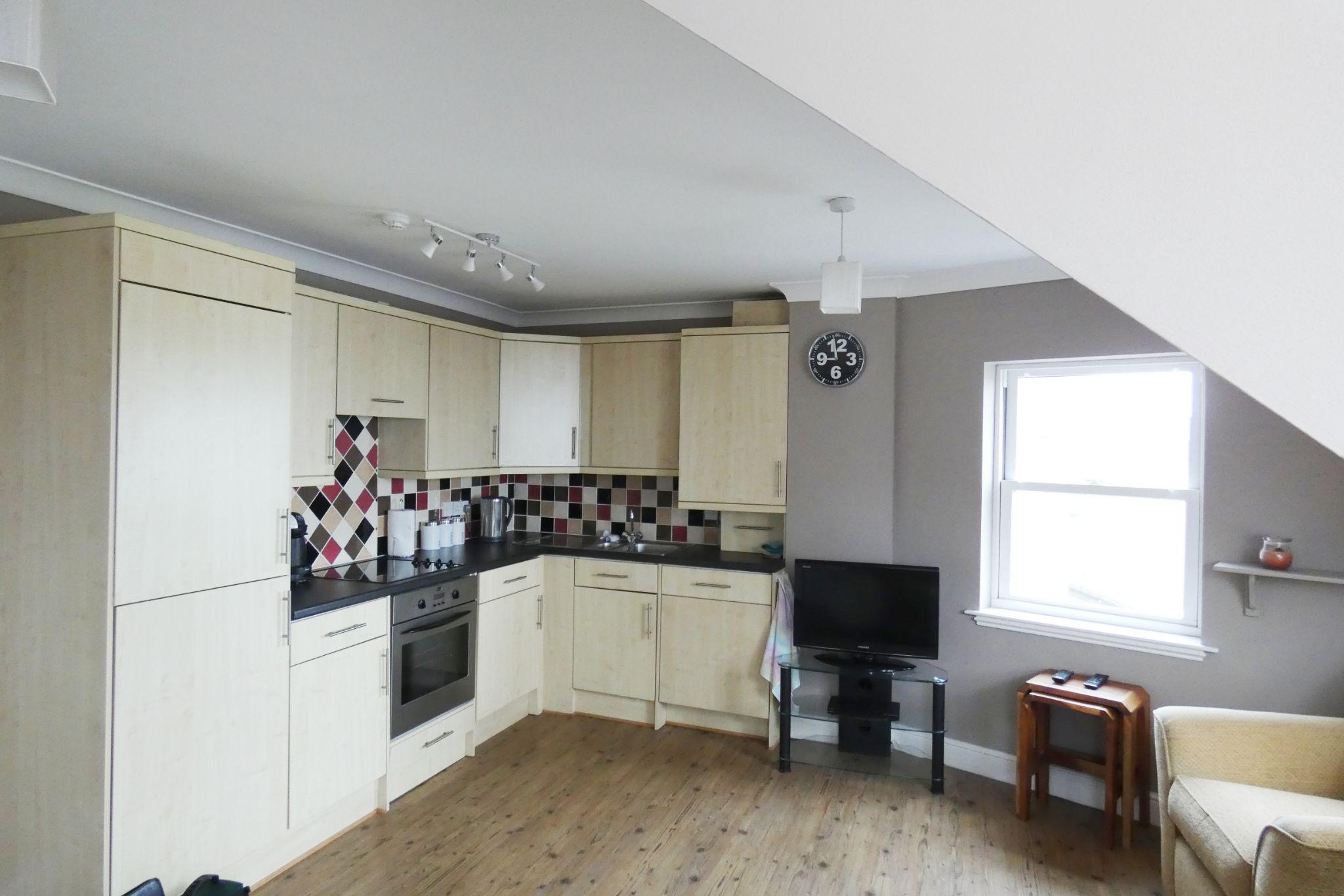 1 bedroom apartment flat/apartment SSTC in Peel - Photograph 4