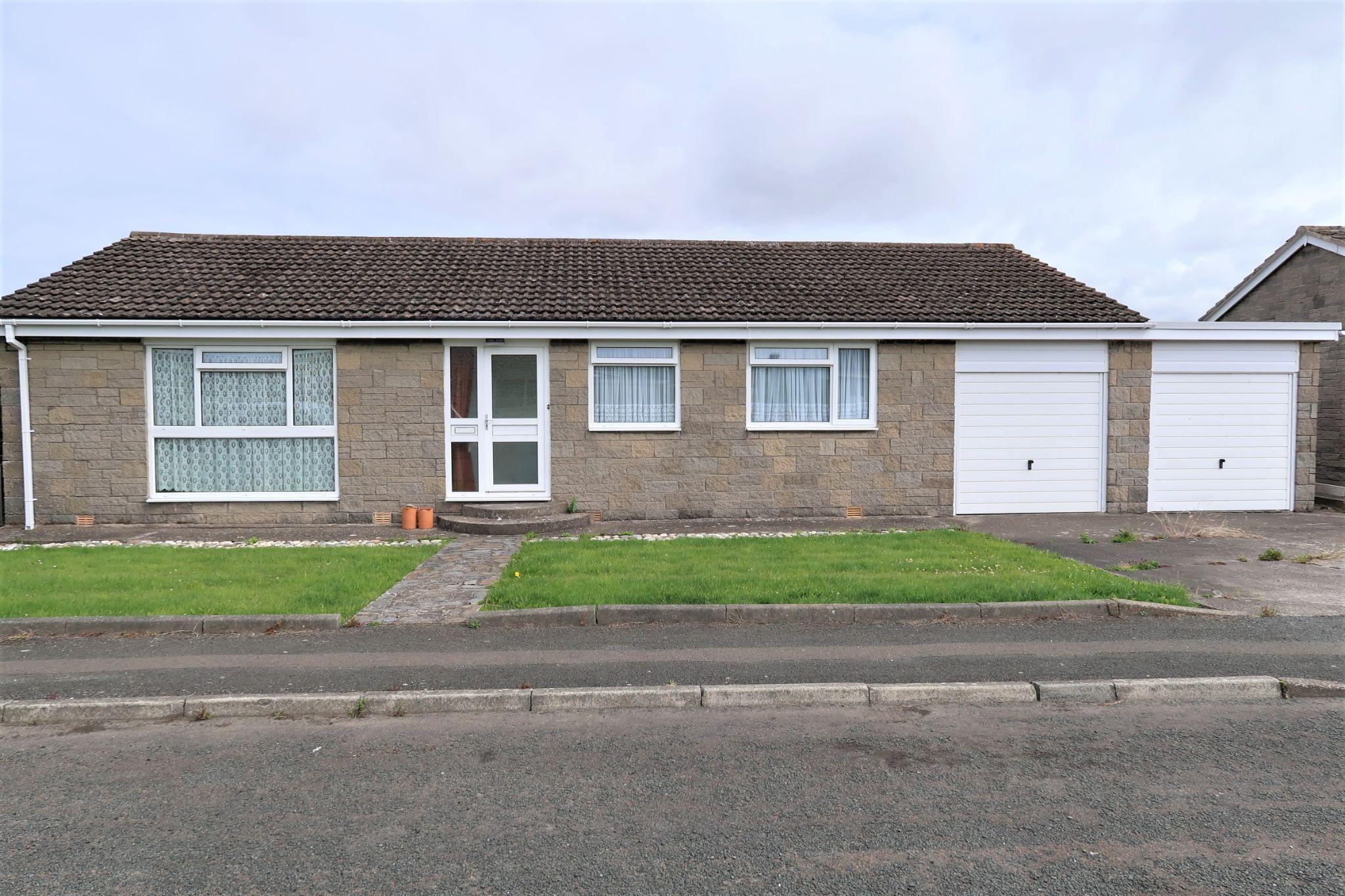 3 bedroom detached bungalow Sold in Port Erin - Photograph 16