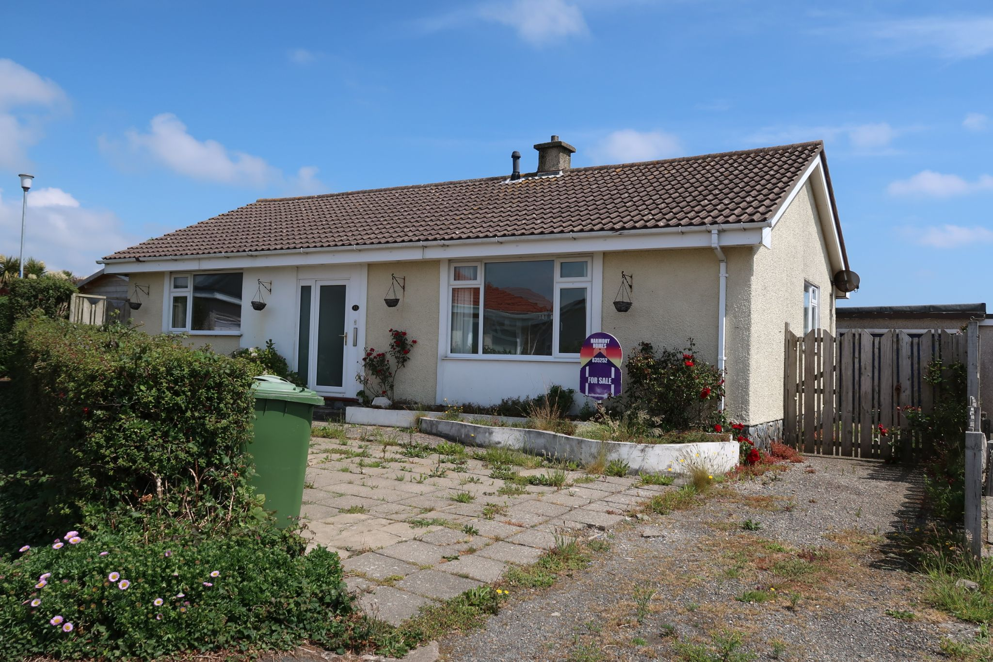 2 bedroom detached bungalow SSTC in Ballabeg - Photograph 1