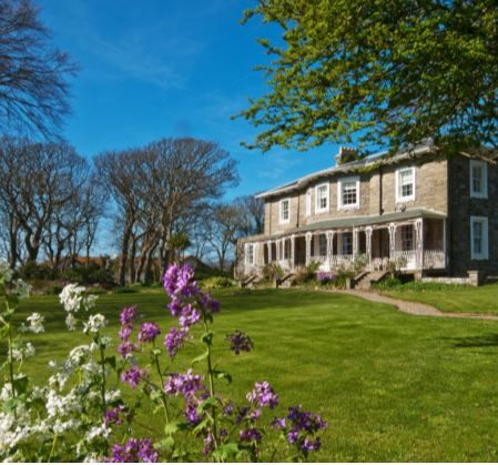 7 bedroom detached house For Sale in Castletown - Property photograph
