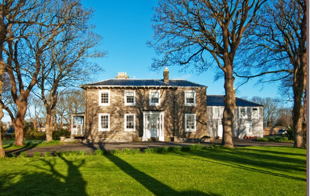 7 bedroom detached house For Sale in Castletown - Photograph 1