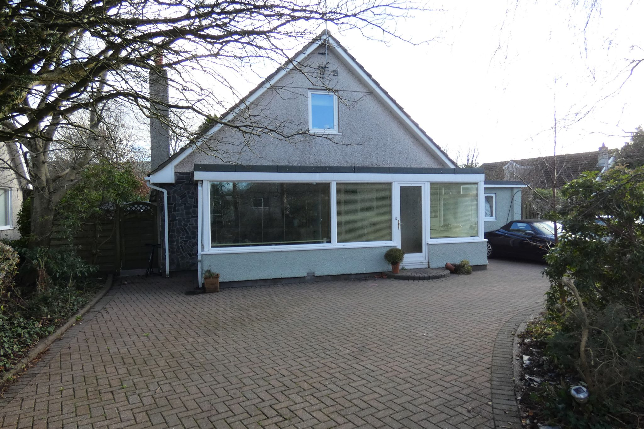3 bedroom detached bungalow For Sale in St Johns - Photograph 1