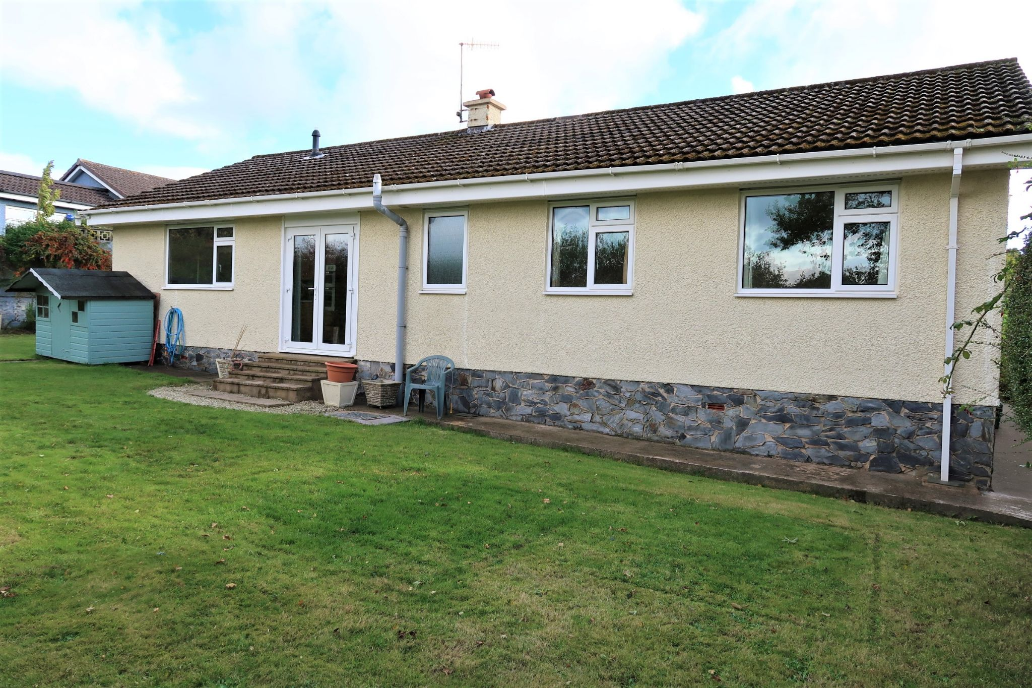 3 bedroom detached bungalow For Sale in Ballabeg - Property photograph