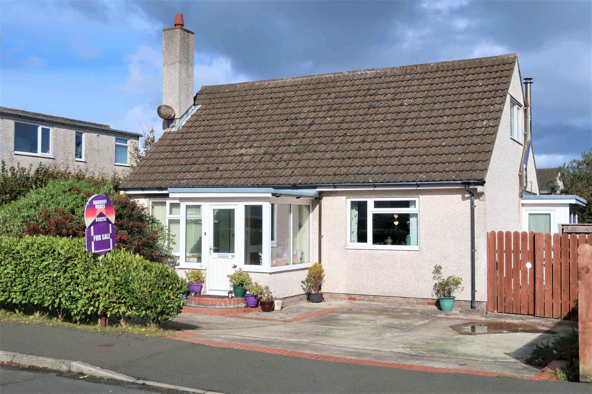2 bedroom detached bungalow Sold in Port Erin - Photograph 15