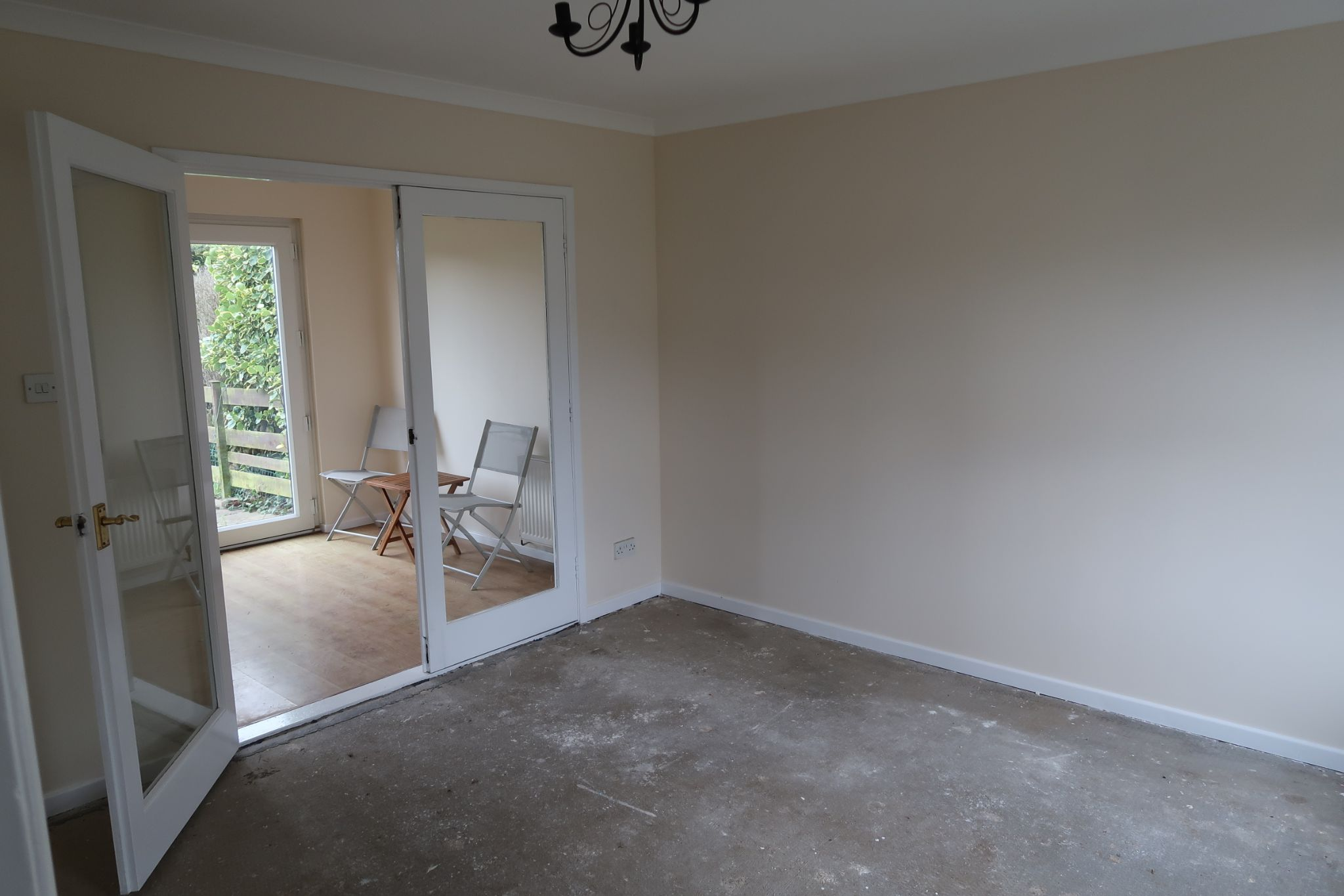 2 bedroom mid terraced house To Let in Port Erin - Property photograph