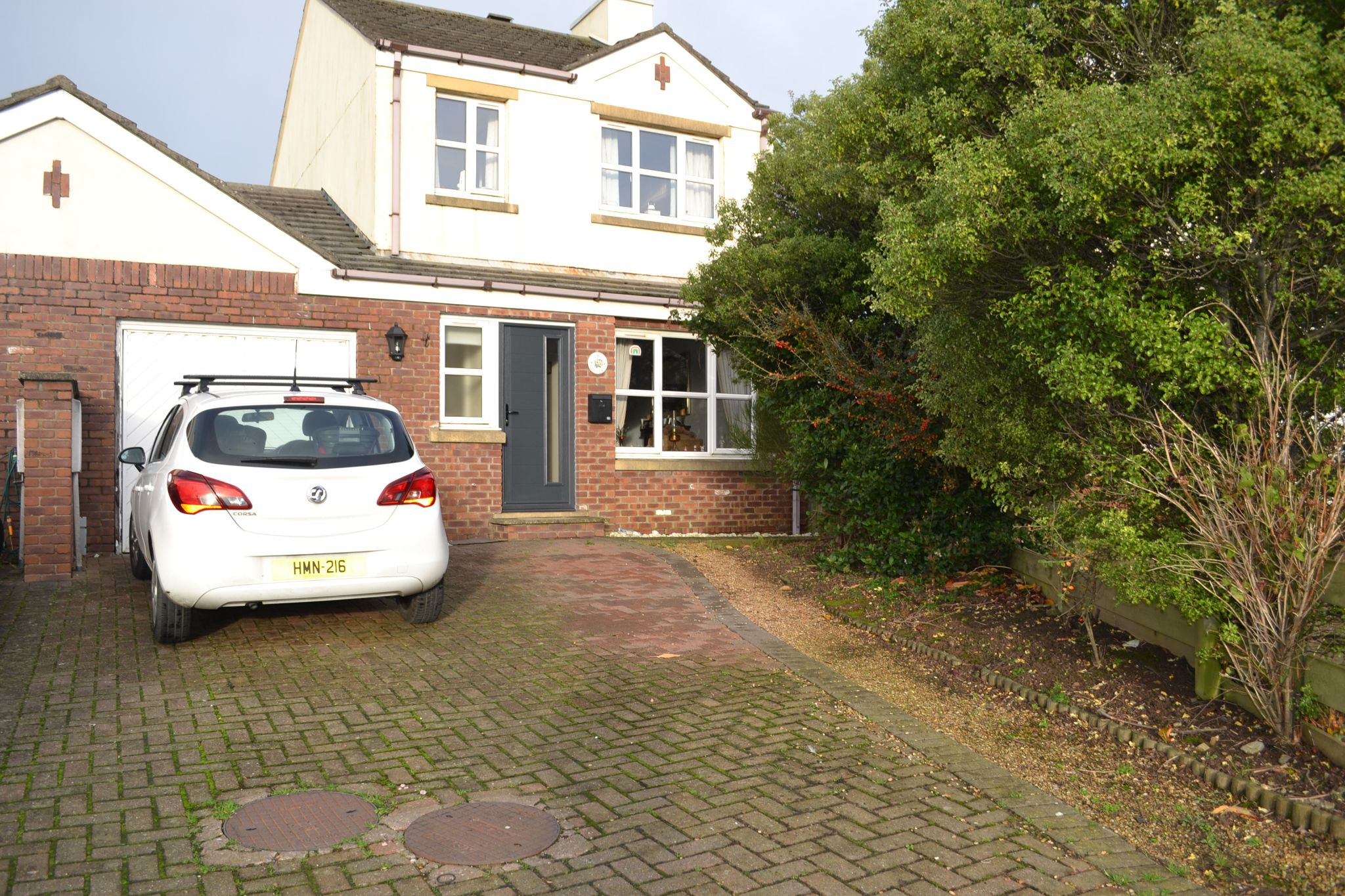 3 bedroom link detached house SSTC in Ballasalla - Property photograph