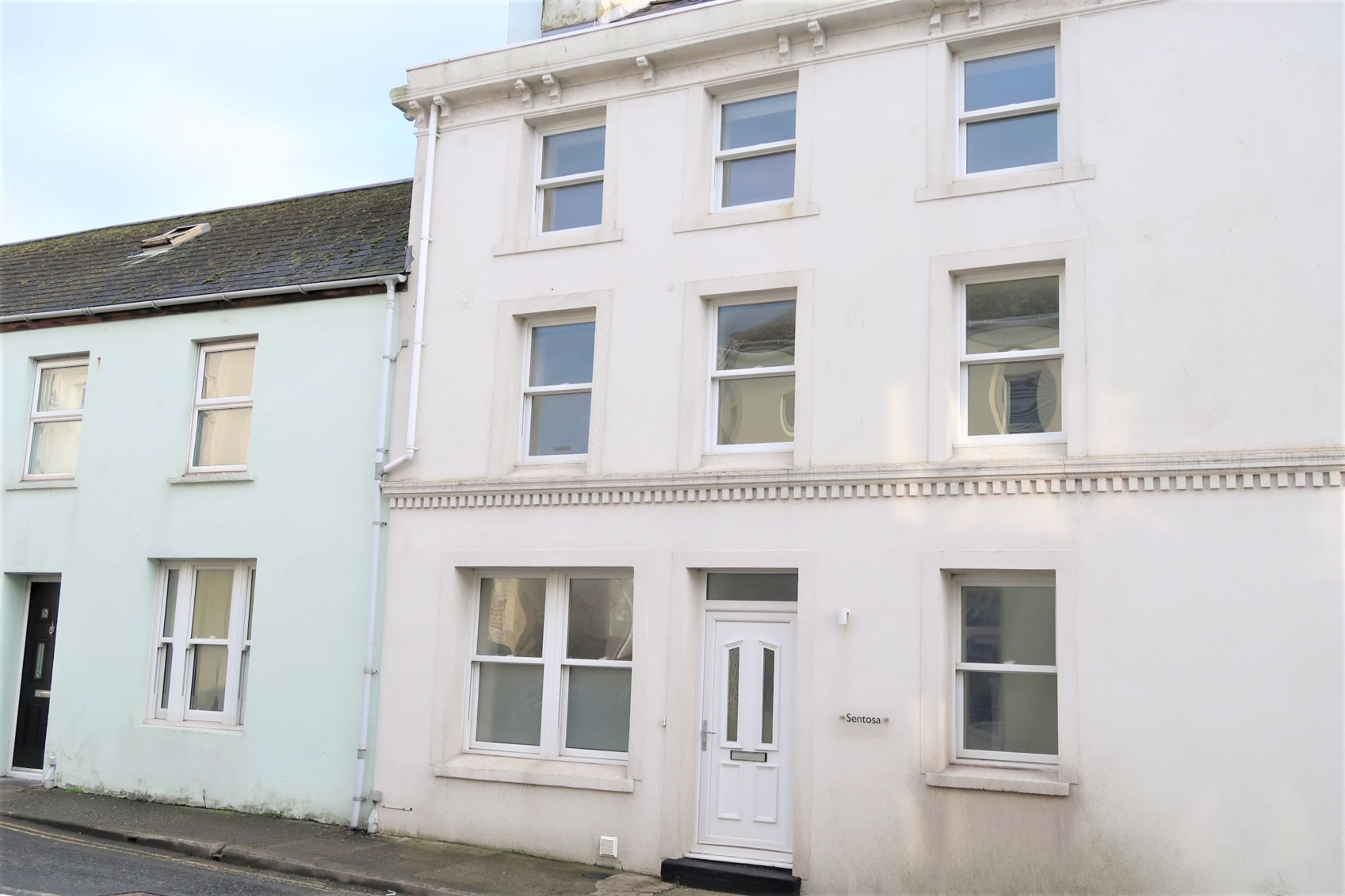 4 bedroom mid terraced house For Sale in Port St Mary - Photograph 19