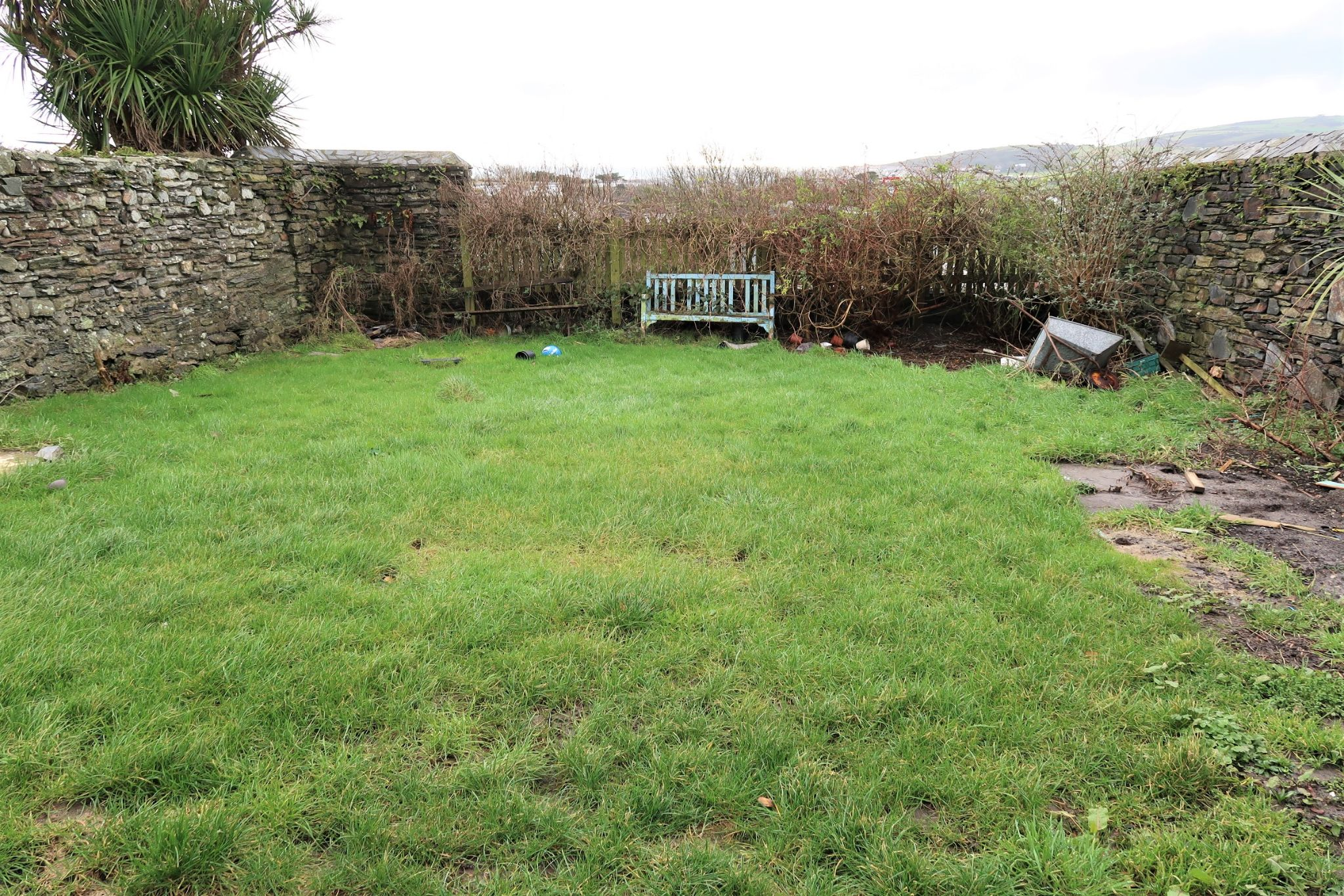 1 bedroom detached house SSTC in Colby - Property photograph