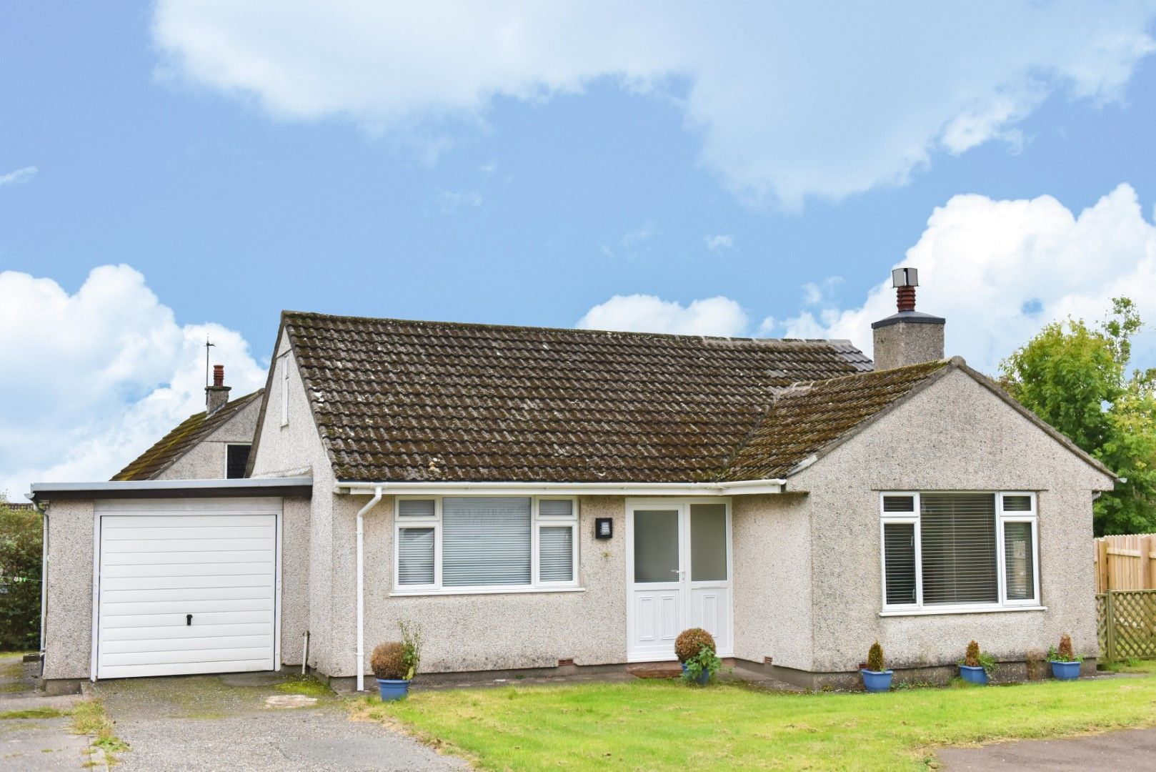 3 bedroom detached bungalow For Sale in Onchan - Photograph 12