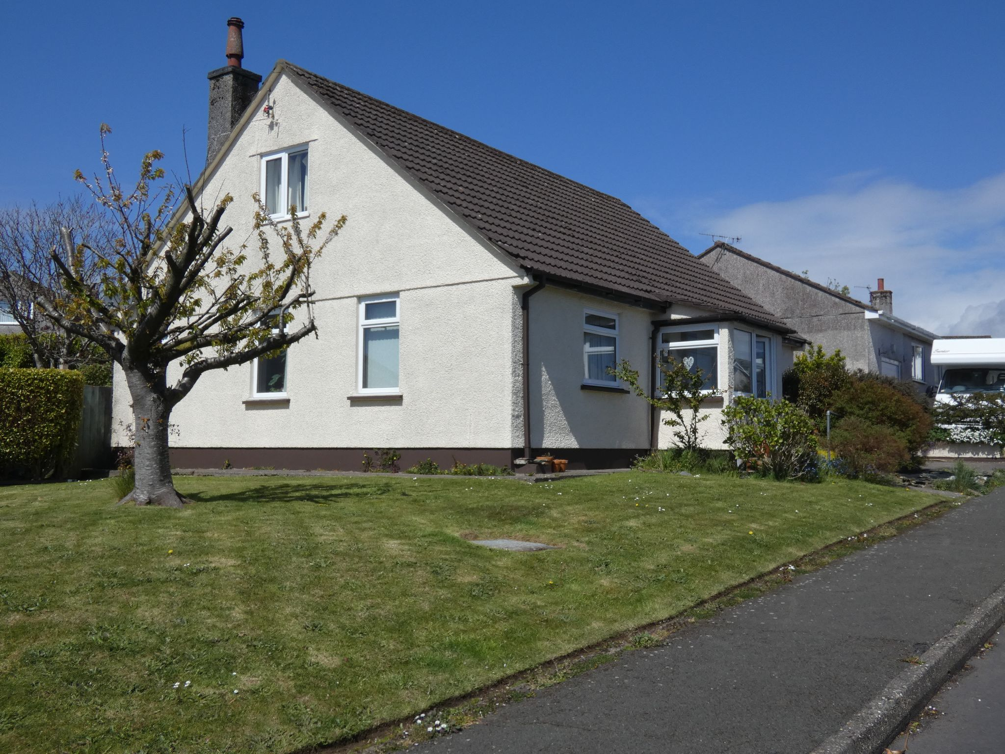 3 bedroom detached bungalow Sale Agreed in Onchan - Photograph 1