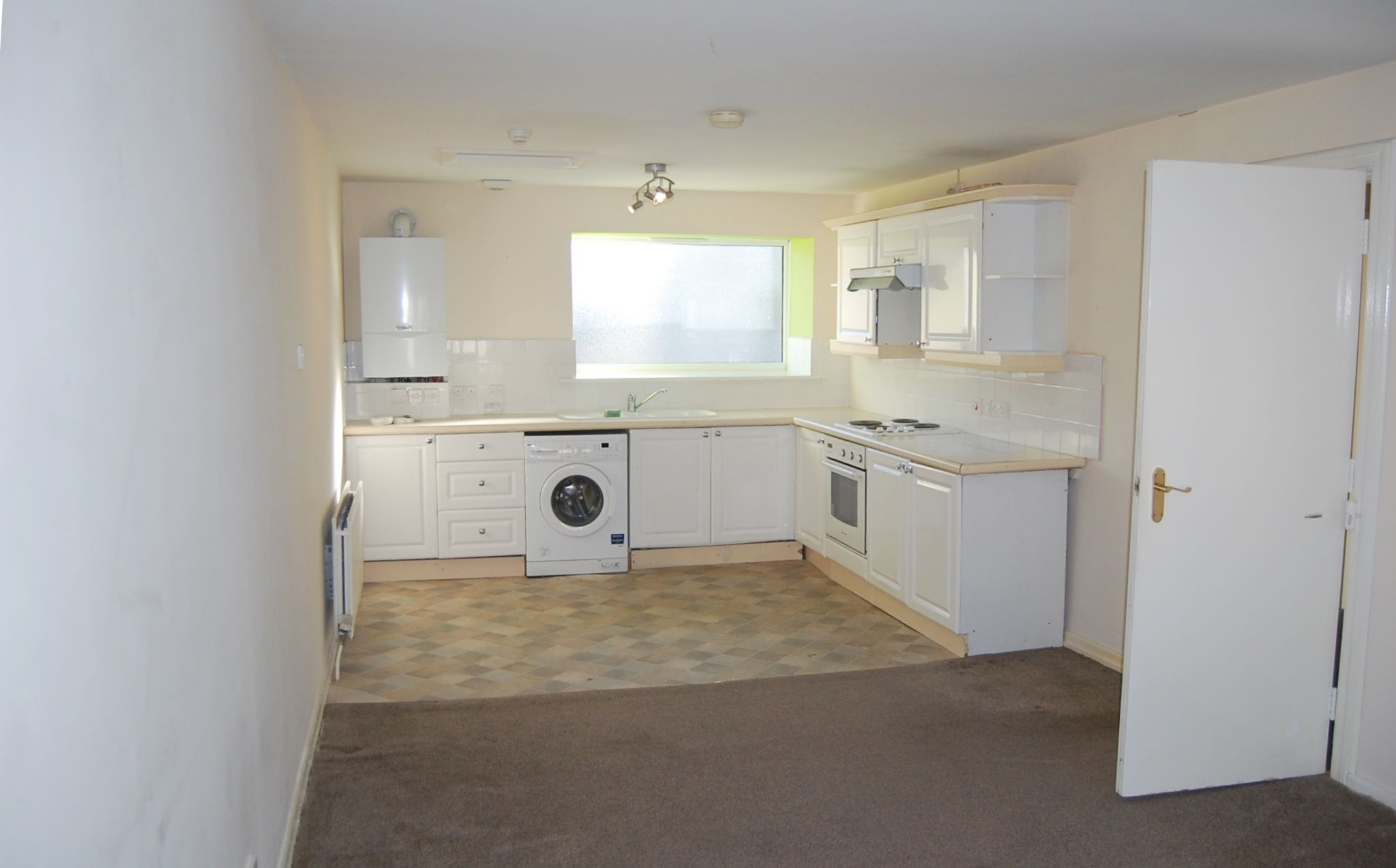 8 bedroom flat flat/apartment For Sale in Laxey - Property photograph