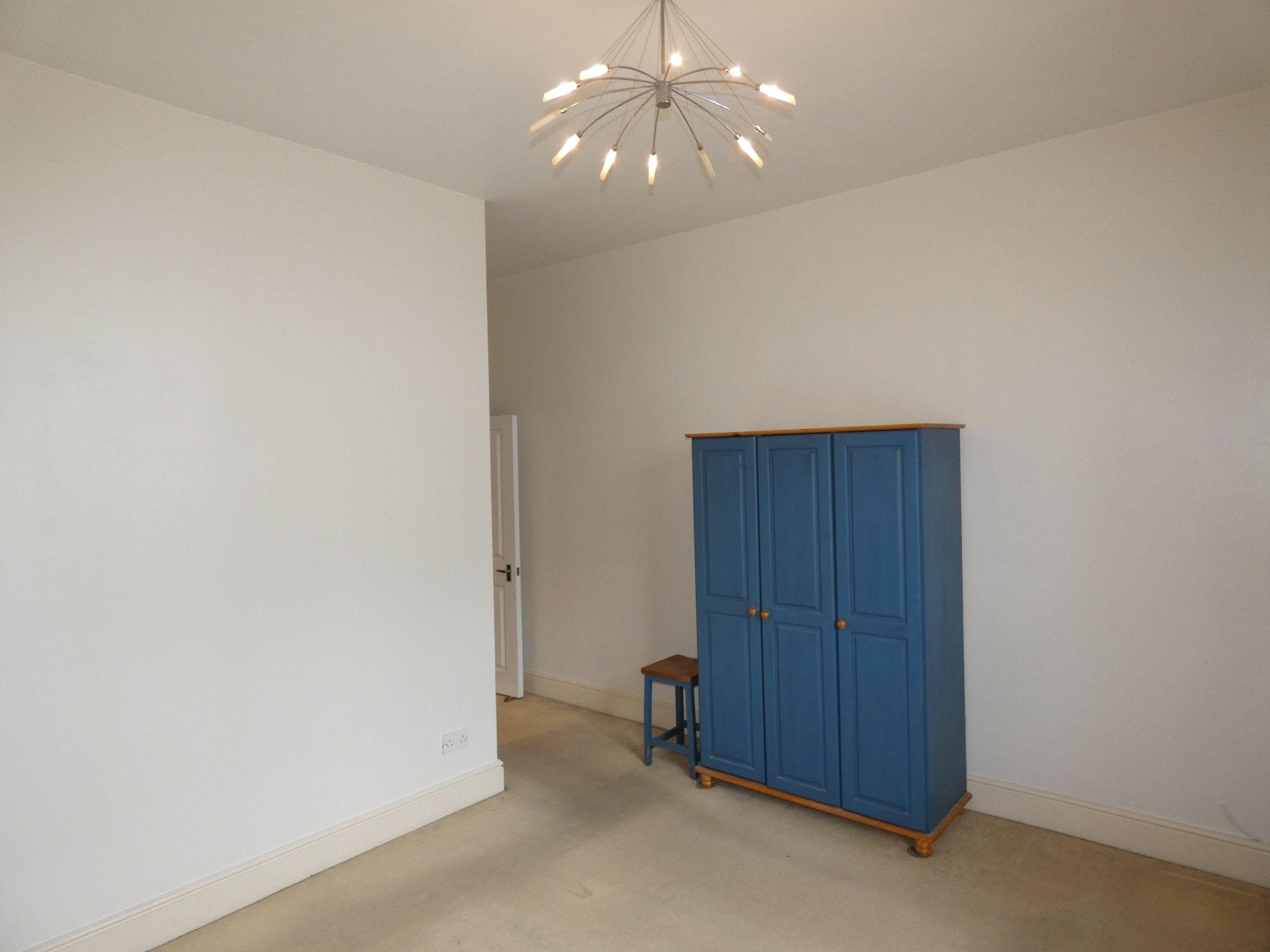 2 bedroom apartment flat/apartment SSTC in Douglas - Property photograph