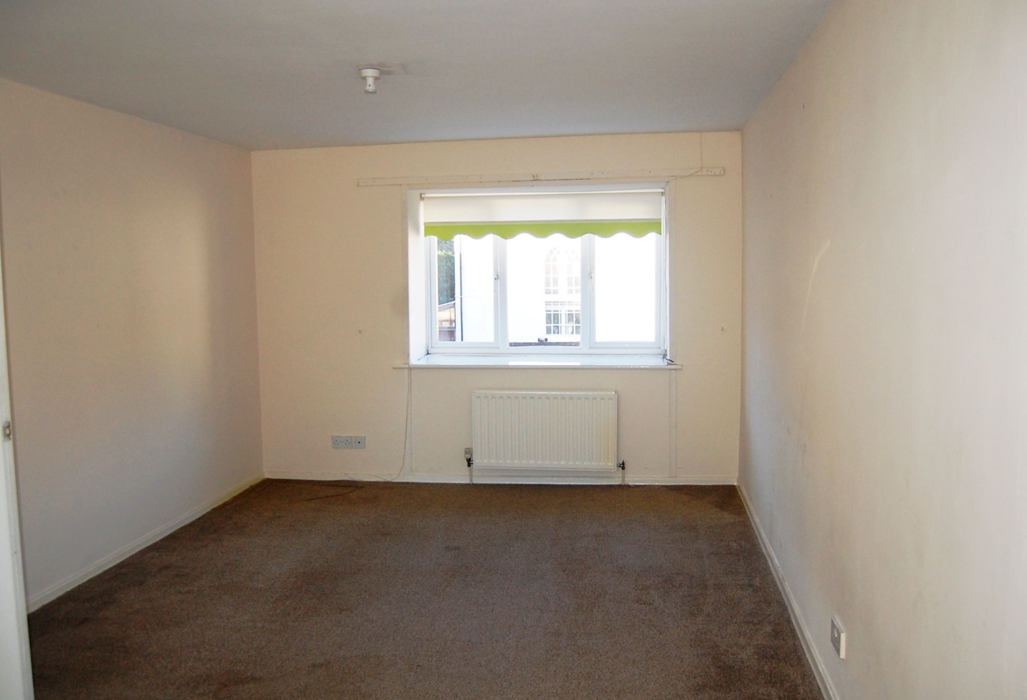 2 bedroom apartment flat/apartment To Let in Laxey - Property photograph