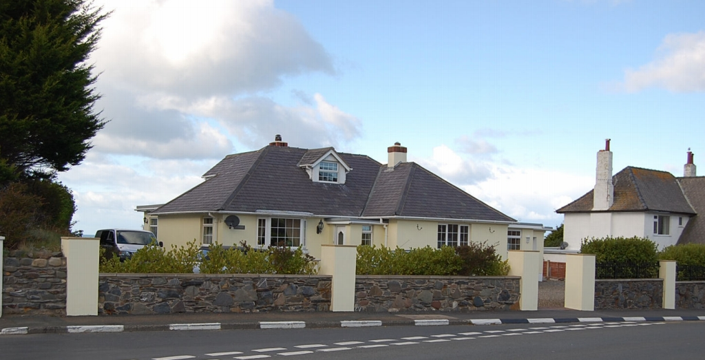 4 bedroom detached bungalow For Sale in Kirk Michael - Photograph 1
