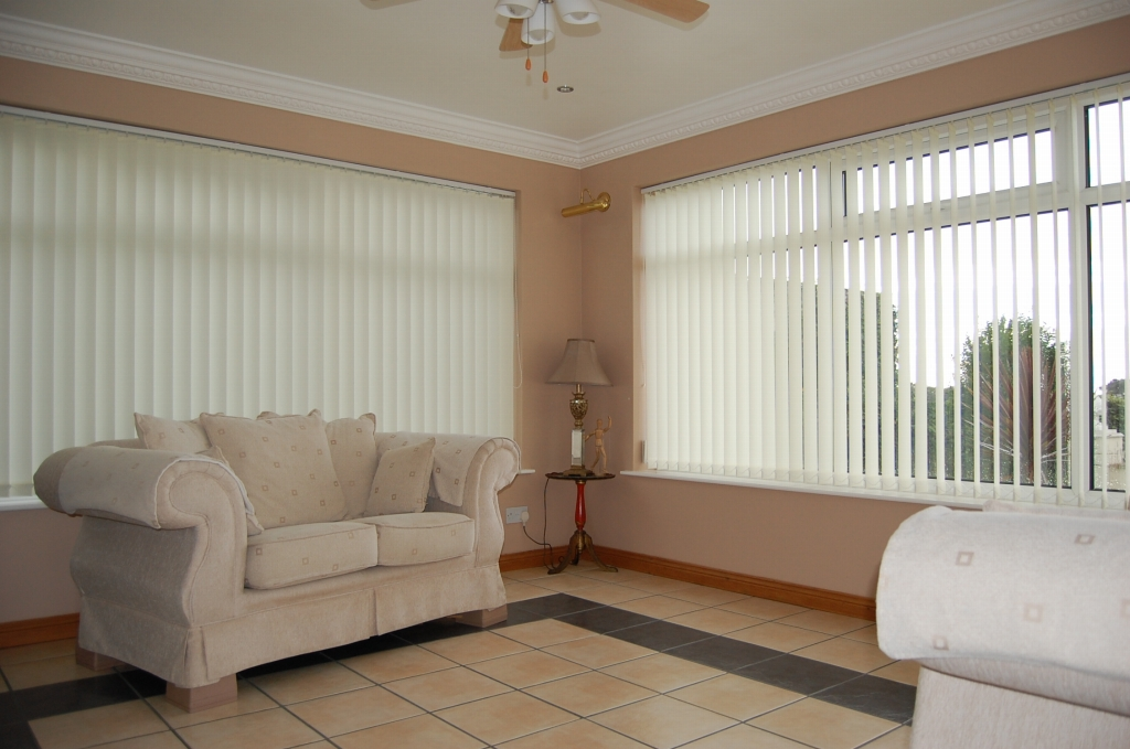 4 bedroom detached bungalow For Sale in Kirk Michael - Property photograph