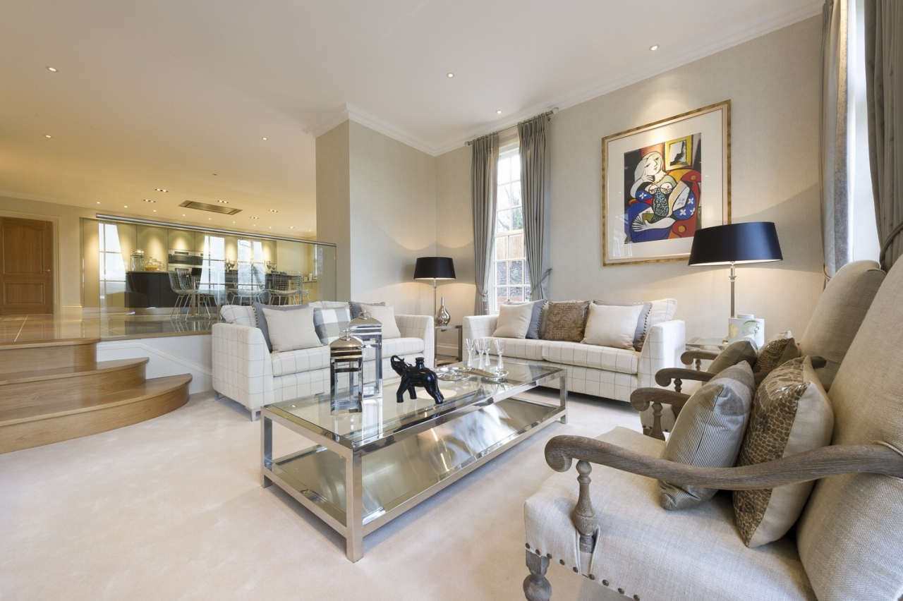 6 bedroom detached house For Sale in Douglas - Property photograph