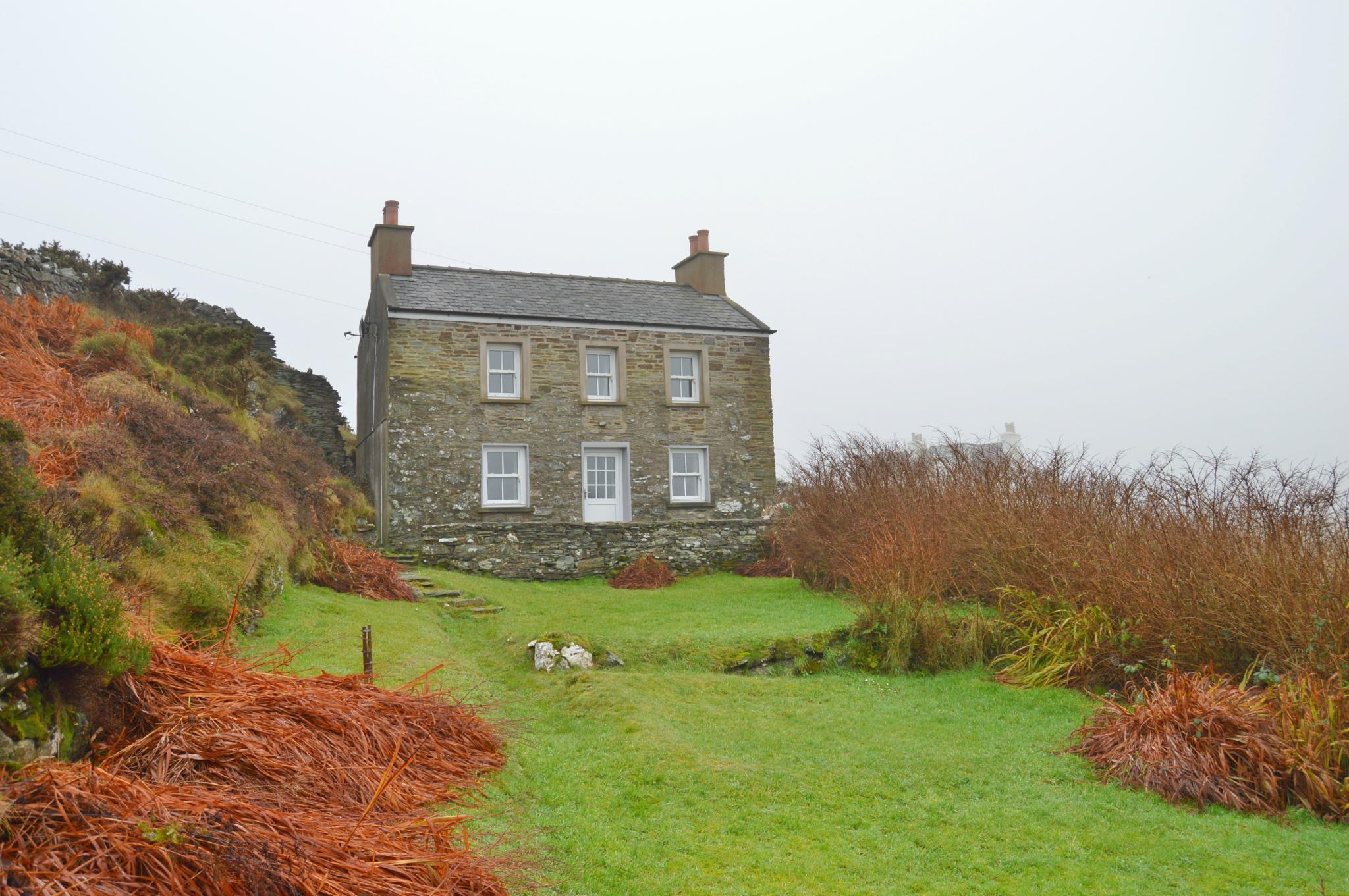 3 bedroom detached house Let Agreed in Port Erin - Photograph 1