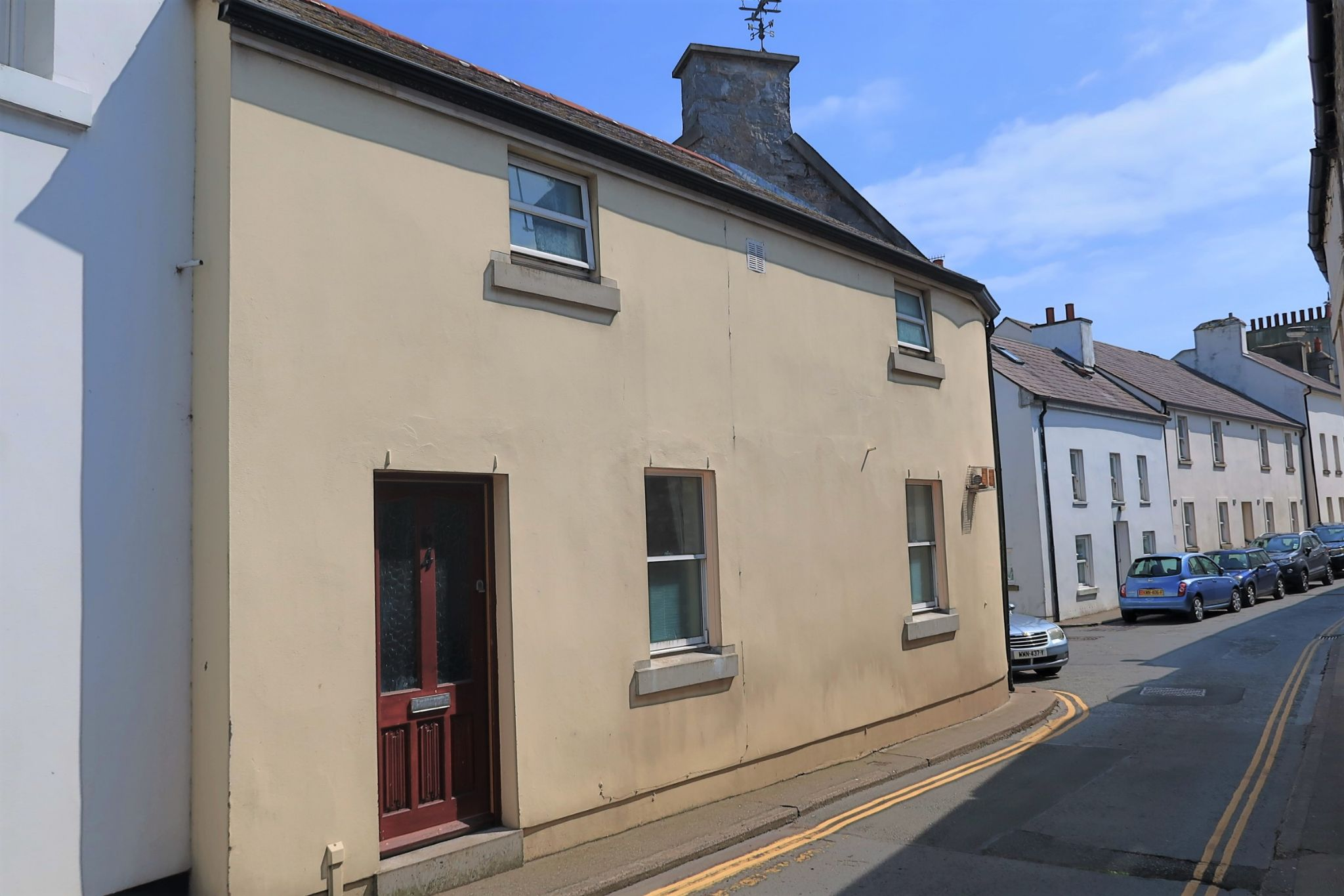 1 bedroom mid terraced house To Let in Castletown - Photograph 1