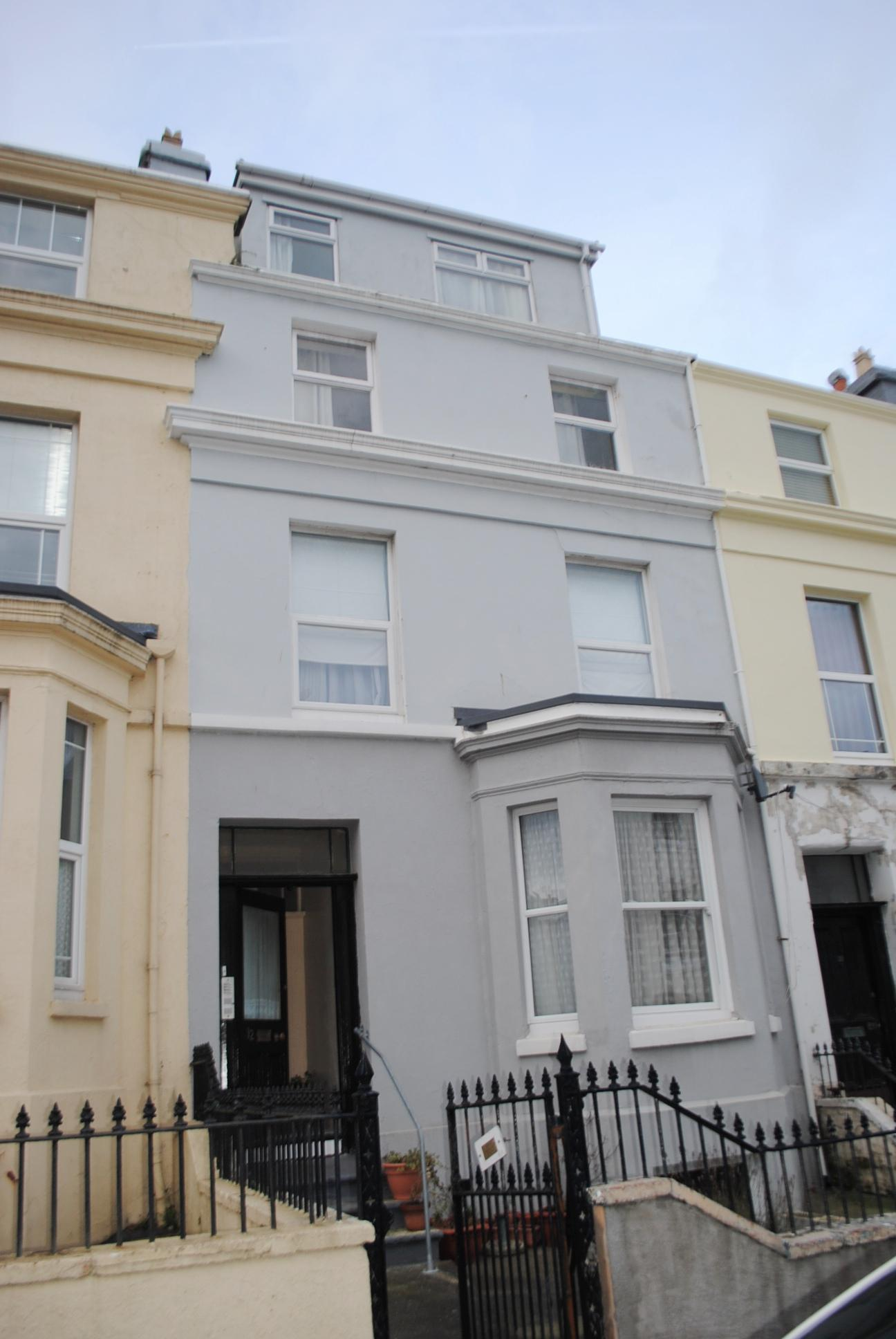1 bedroom apartment flat/apartment Sold in Douglas - Photograph 1
