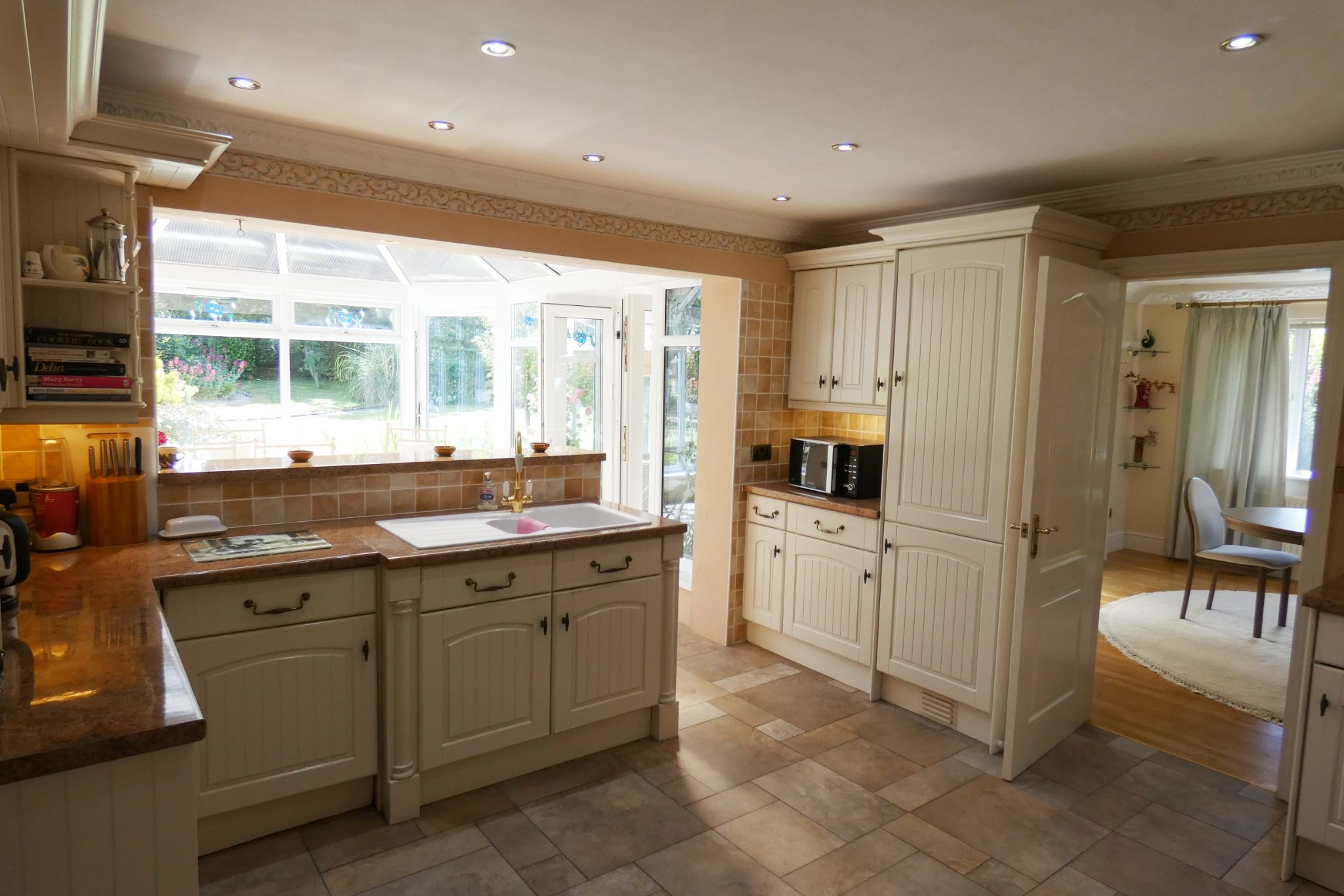 3 bedroom detached bungalow For Sale in Ramsey - Property photograph