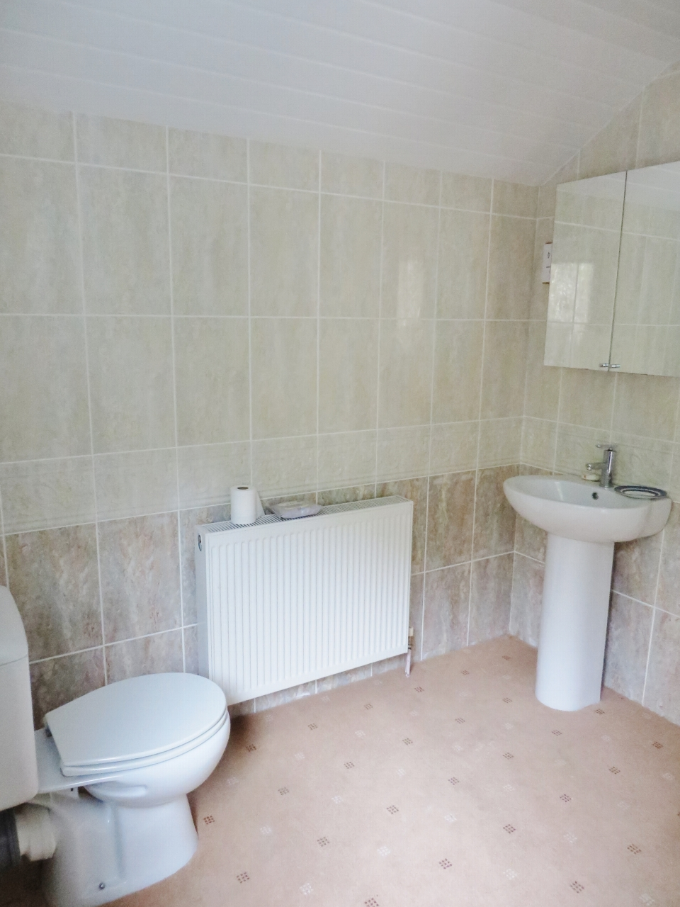 5 bedroom detached house SSTC in Colby - Photograph 21