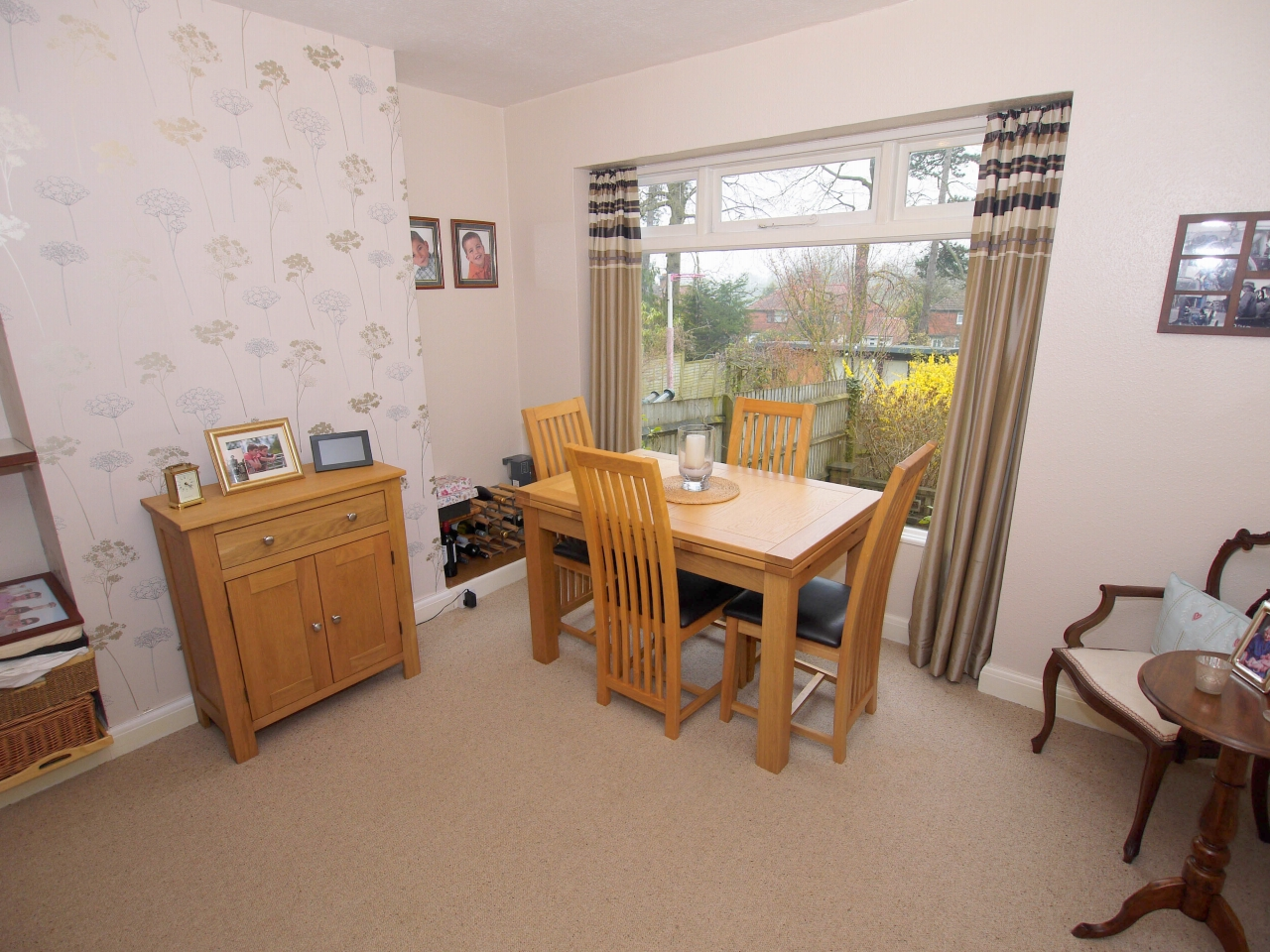3 bedroom semi-detached house For Sale in Sevenoaks - Photograph 3