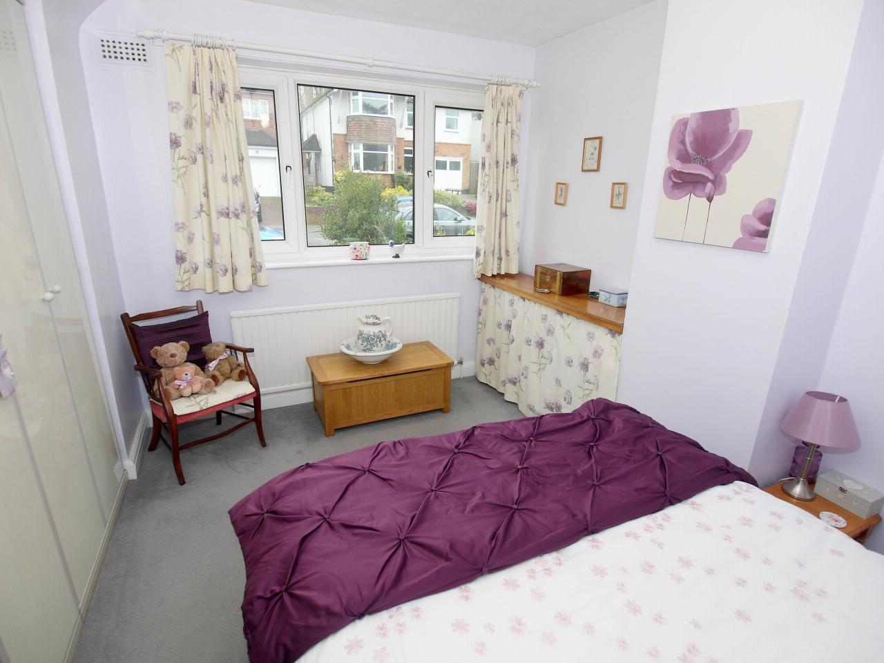 3 bedroom semi-detached house For Sale in Sevenoaks - Photograph 5