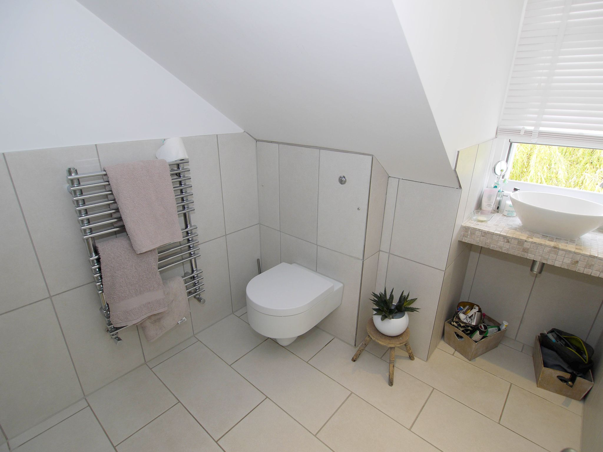 3 bedroom mid terraced house Sold in Sevenoaks - Photograph 11
