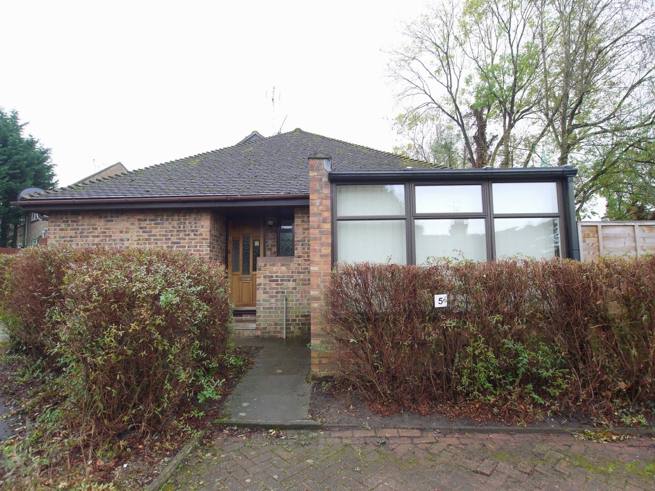 2 bedroom bungalow Let in Sevenoaks - Main Image