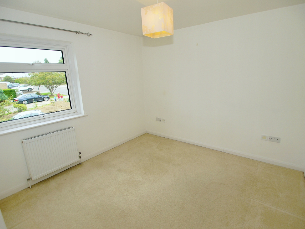 3 bedroom mid terraced house For Sale in Sevenoaks - Photograph 6