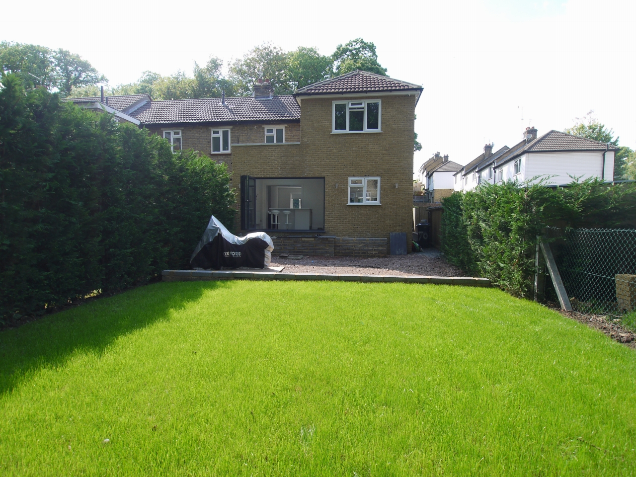 3 bedroom end terraced house Sale Agreed in Sevenoaks - Photograph 10